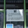 Dwujęzyczna informacja o kluczu do toalety :)