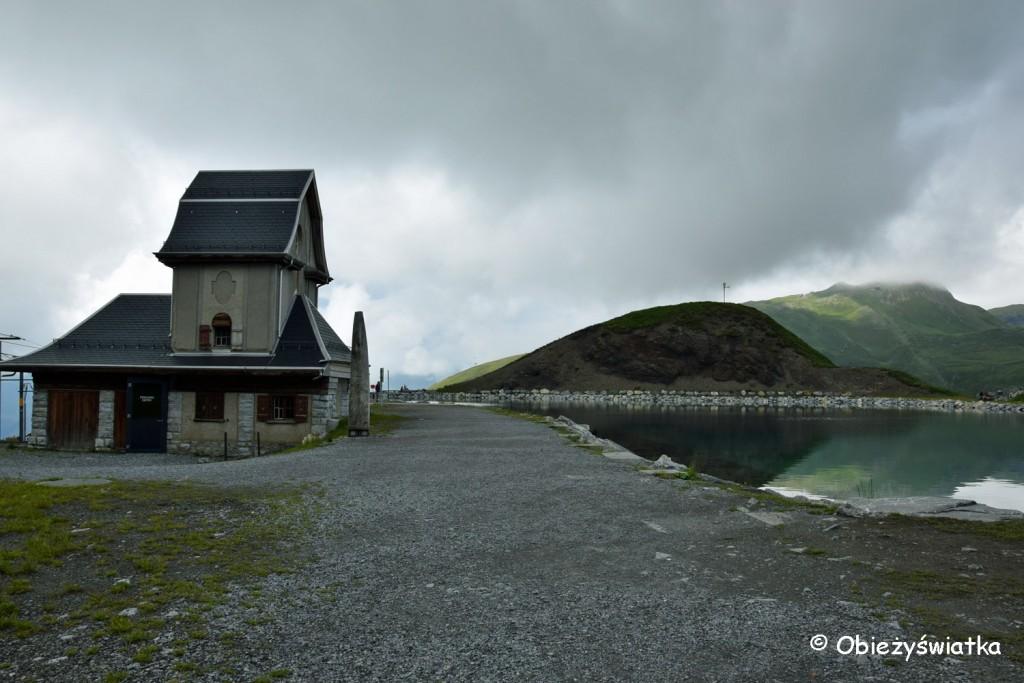 Chichli nad Jeziorem Fallbodensee, w środku znajduje się model Eigeru z trasami na szczyt