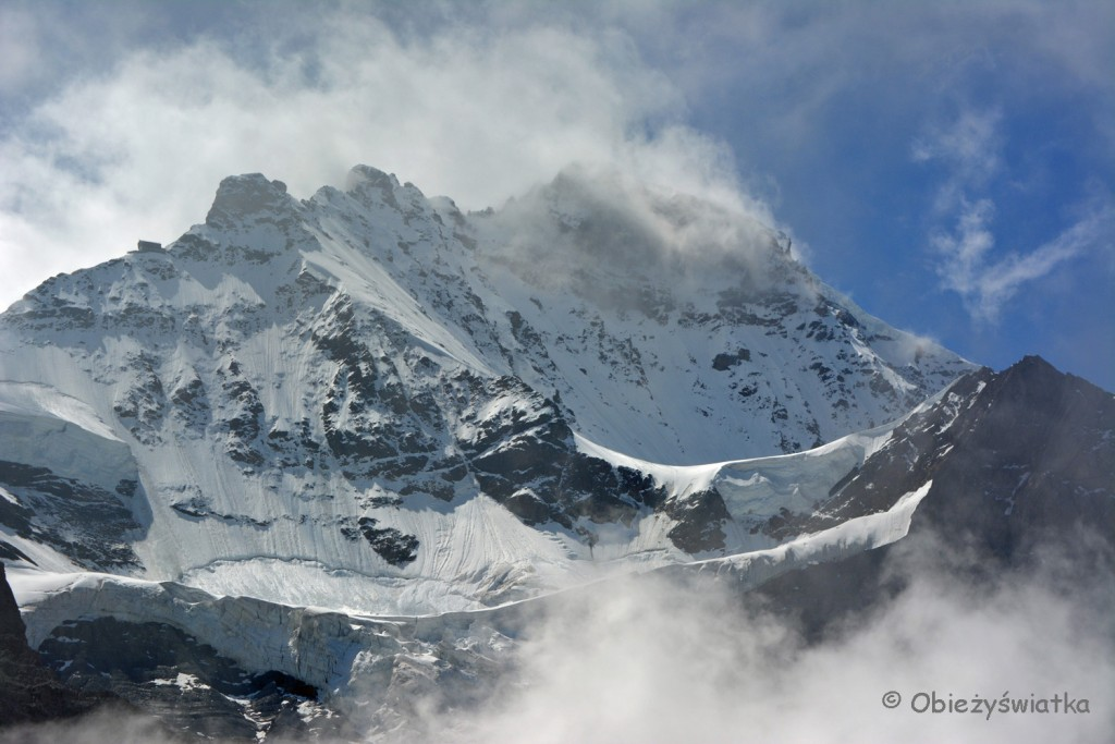 Wengen-Jungfrau widziana ze szlaki Eiger Walk