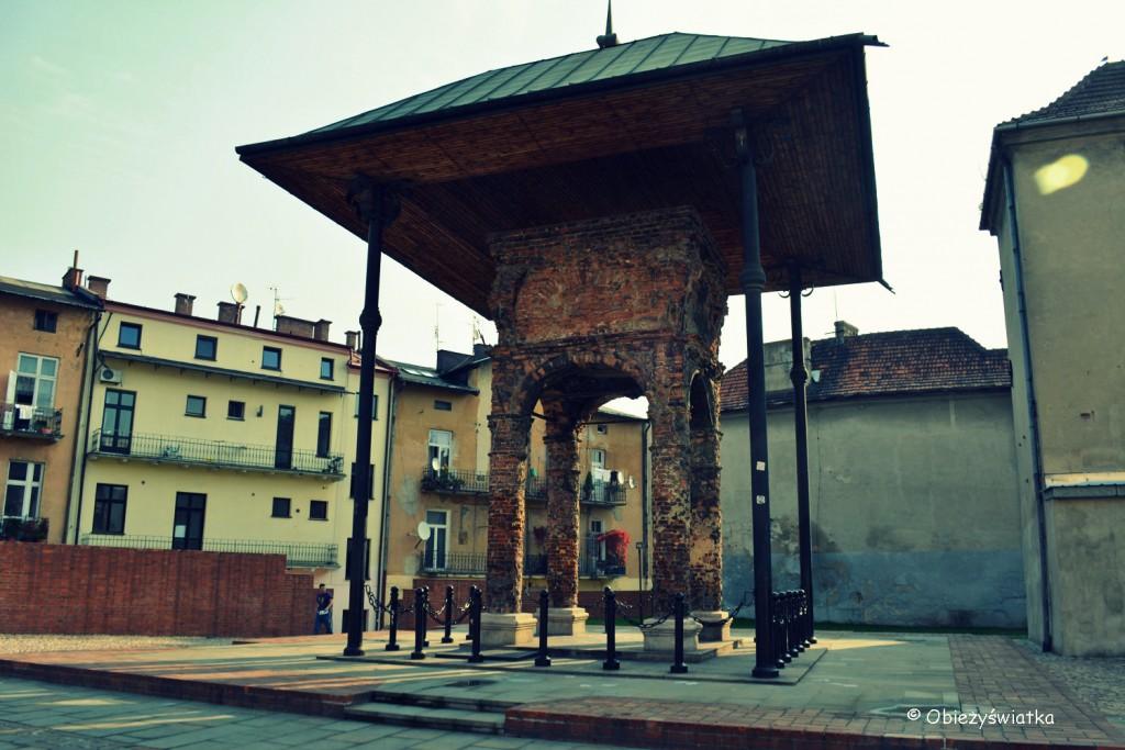 Bima Starej Synagogi w Tarnowie