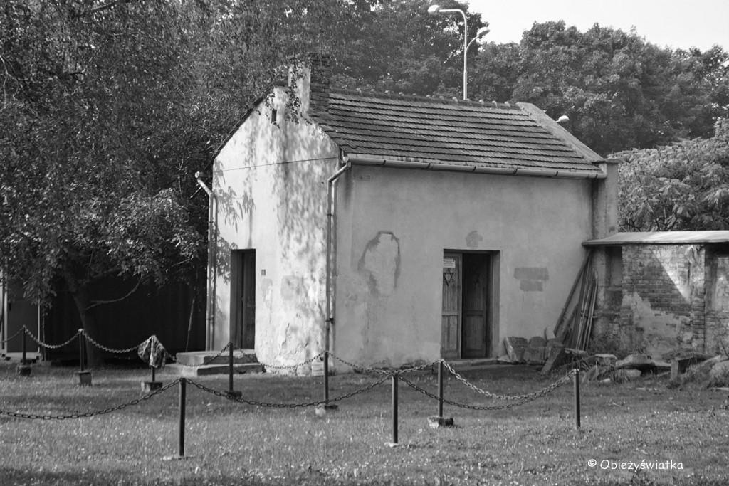 Dom pogrzebowy na kirkucie tarnowskim