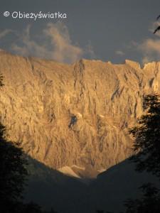 Alpy o wschodzie słońca