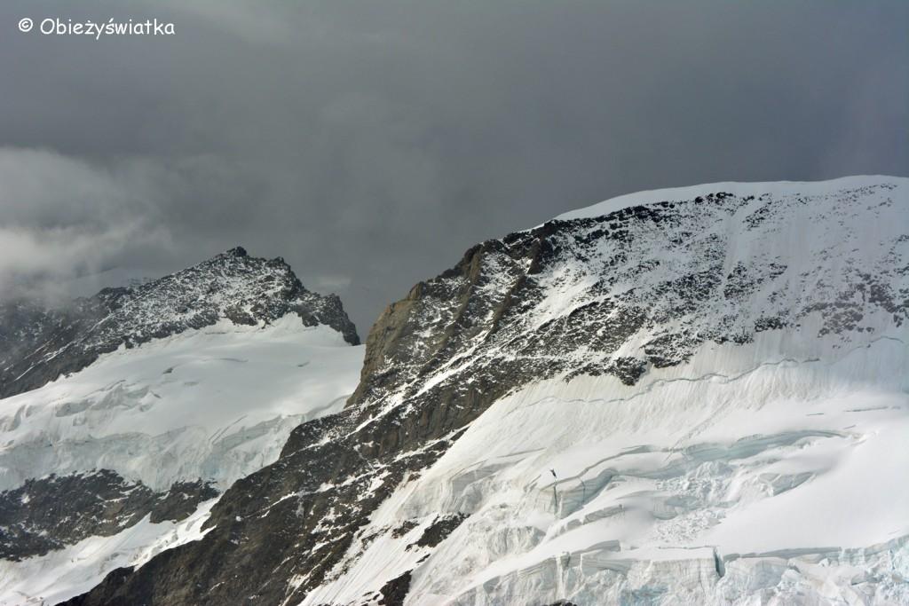 Widok z Przełęczy Jungfraujoch na wysokości 3471 m n.p.m.
