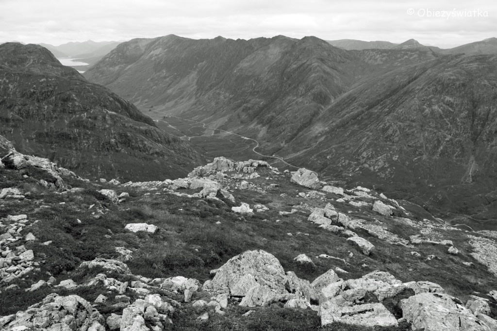 Widok ze szczytu Stob Coire Raineach