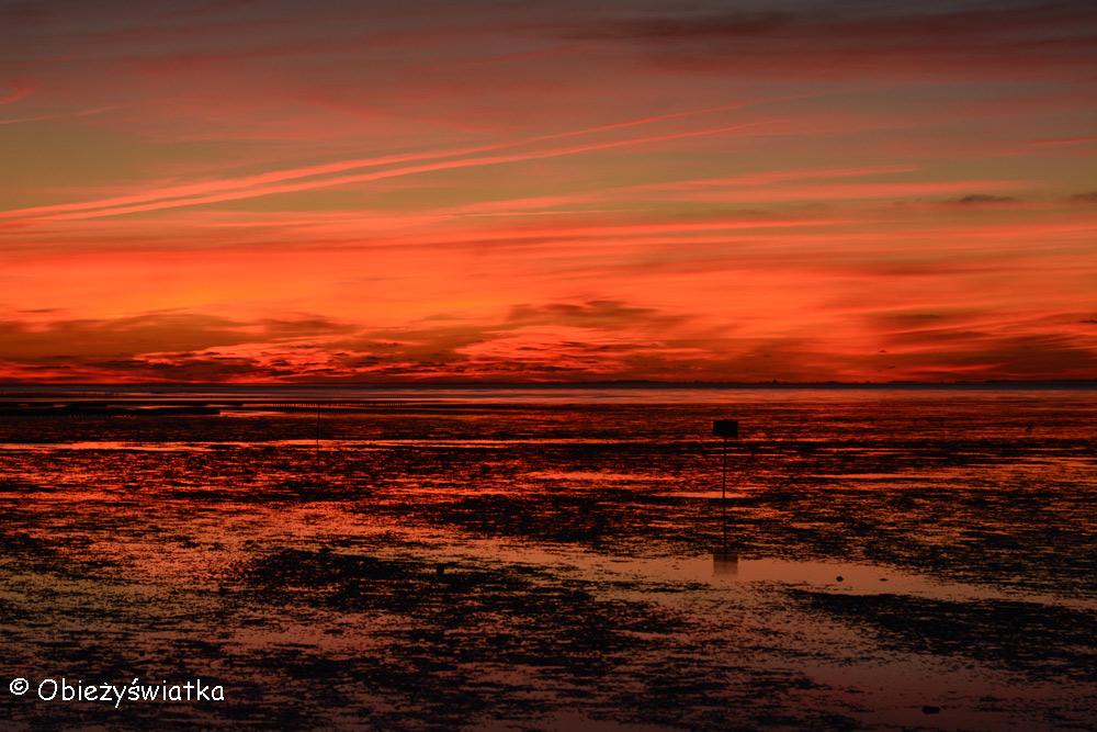 Morze Wattowe o zachodzie słońca