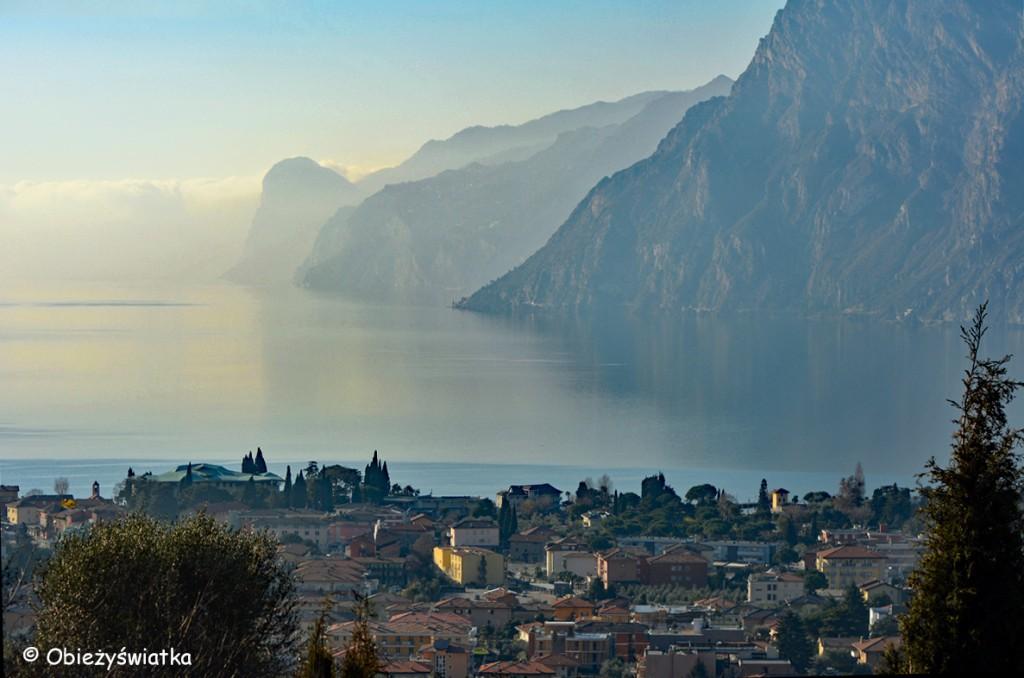 Widok na Jezioro Garda, Włochy