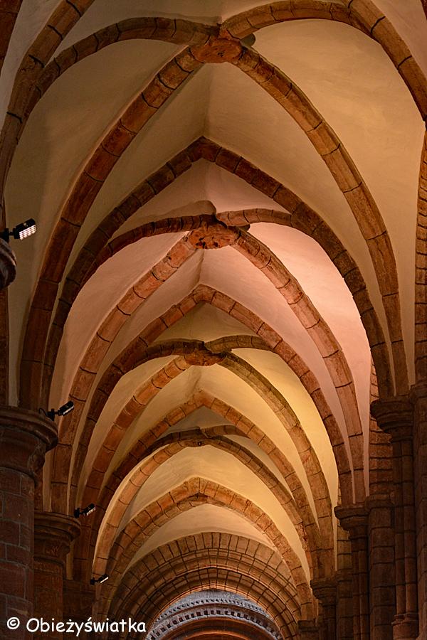 Sklepienia gotyckie w Katedrze św. Magnusa w Kirkwall, Orkady, Szkocja