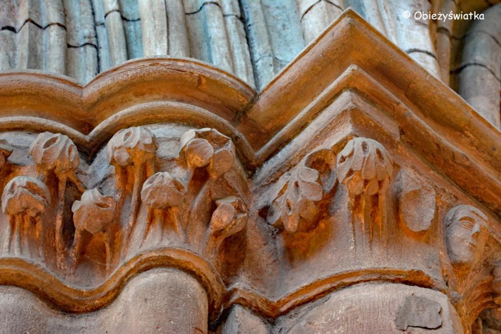Głowica kolumny - Katedra św. Magnusa w Kirkwall, Orkady, Szkocja
