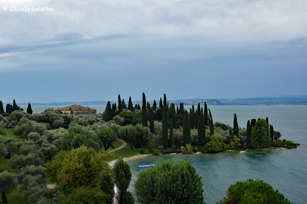 Cyprysy, cyprysy, cyprysy... nad Jeziorem Garda