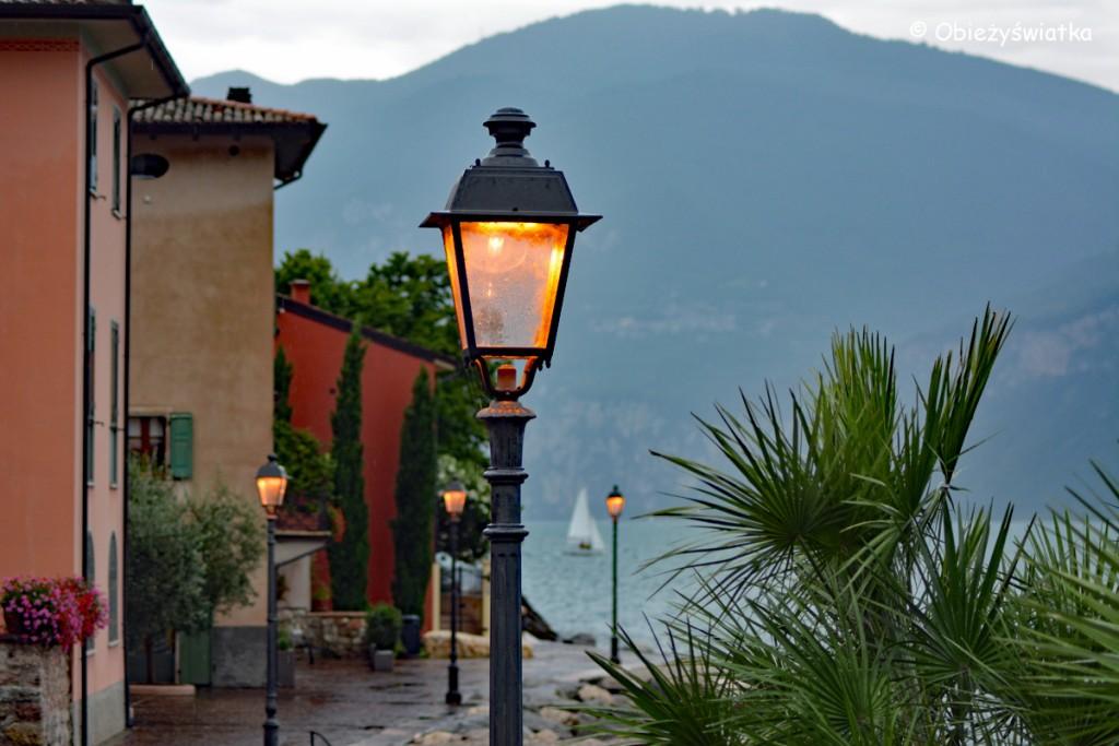 Wieczór nad Jeziorem Garda, Włochy