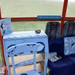 Unst Bus Shelter - wyposażenie niezwykłego przystanku, Wyspy Szetlandzkie 2015