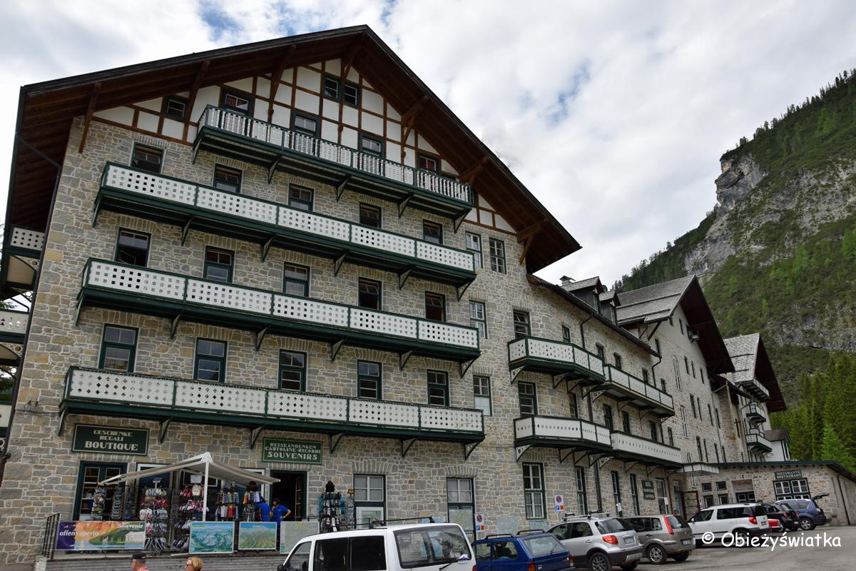 Hotel nad Jeziorem Braies, Pragser Wildsee / Lago di Braies, Tyrol Południowy