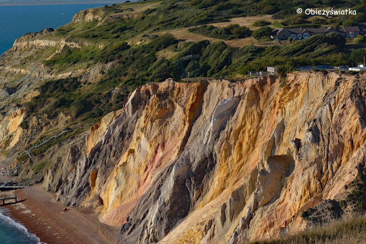 Różnokolorowe skały w Alum Bay, Isle of Wight