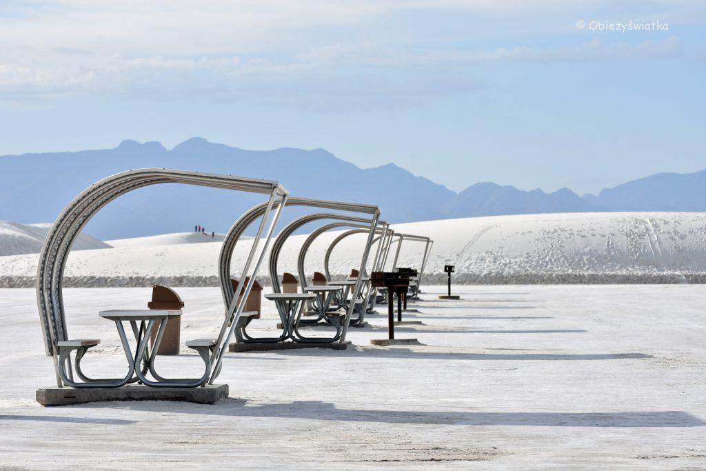 Ławeczki na piknik, White Sands National Monument, USA