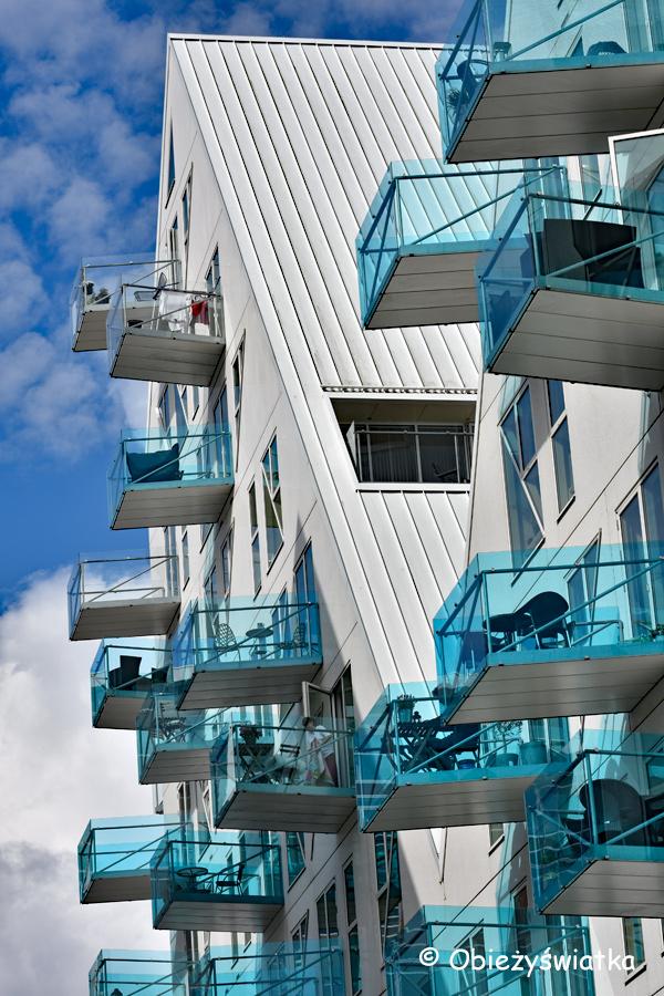 Błękitne balkony Isbjerget, Aarhus, Dania