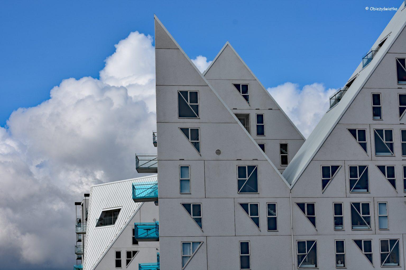 Łamana bryła Isbjerget, Aarhus, Dania