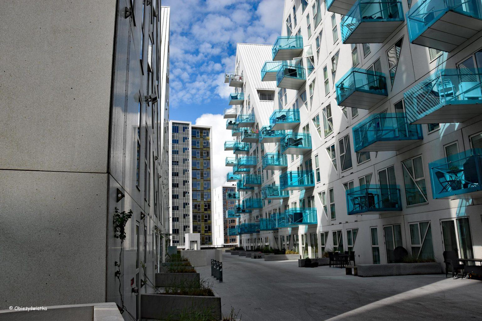 Isbjerget - uliczka między budynkami, Aarhus, Dania
