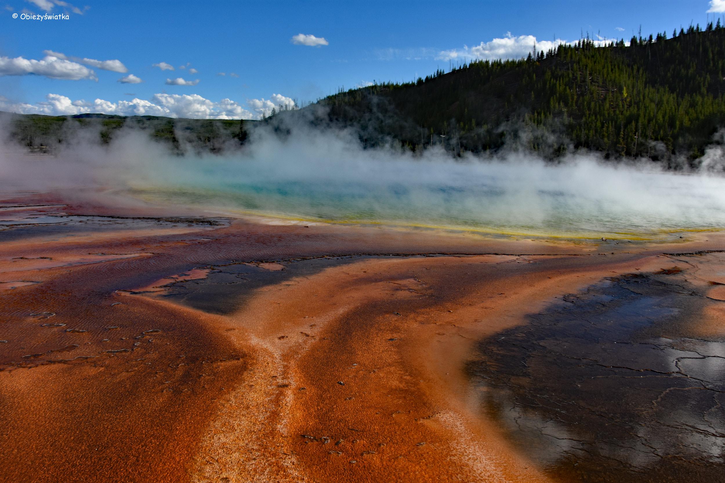 Światło, kolory, para wodna, Grand Prismatic Spring w Parku Narodowym Yellowstone