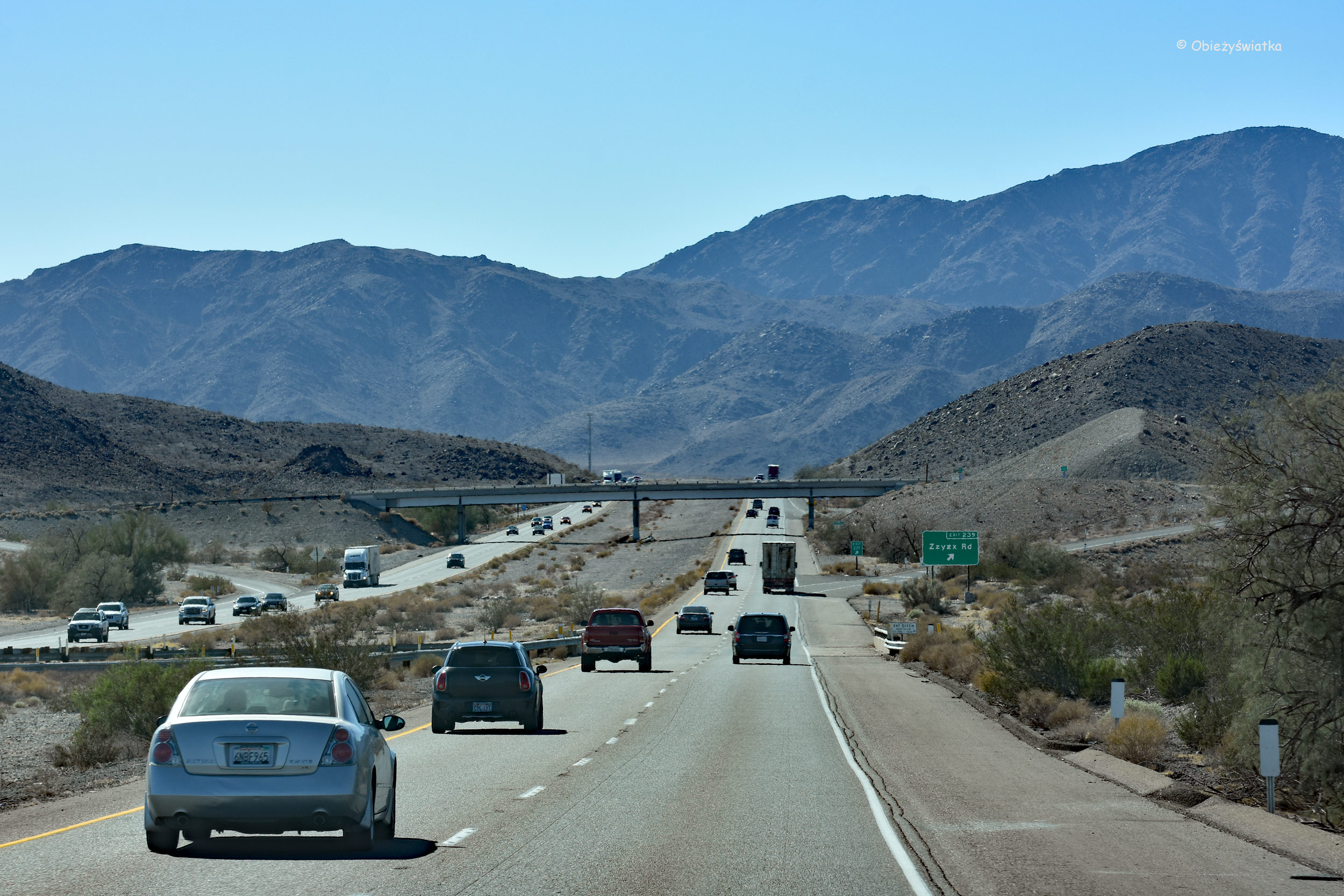 Interstate 15, Zjazd Zzyzx Rd, Kalifornia, USA