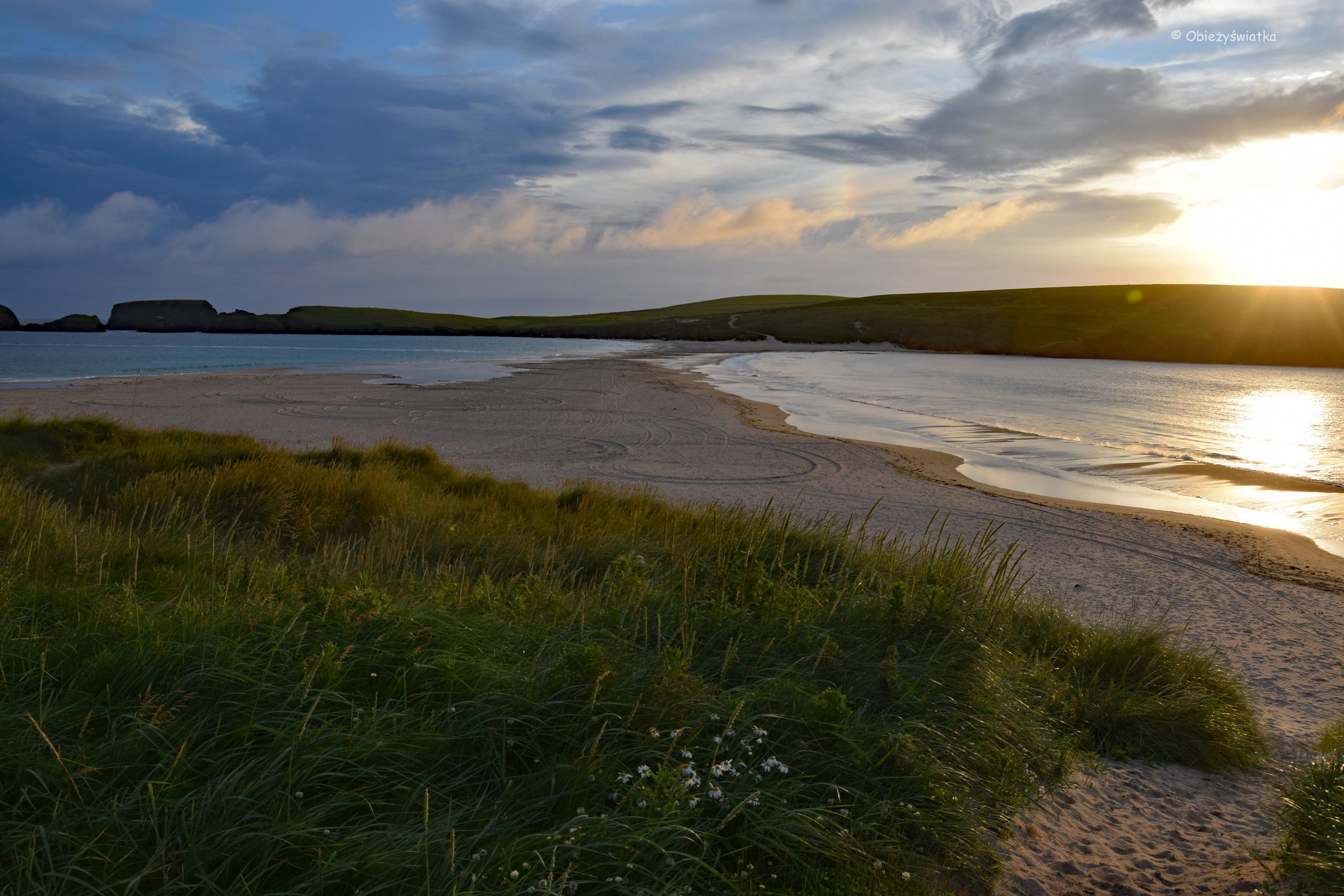 W promieniach zachodzącego słońca - Tombolo i Wyspa św. Niniana