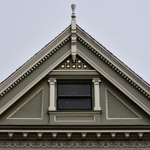 Fasada jednej z kamienic Painted Ladies