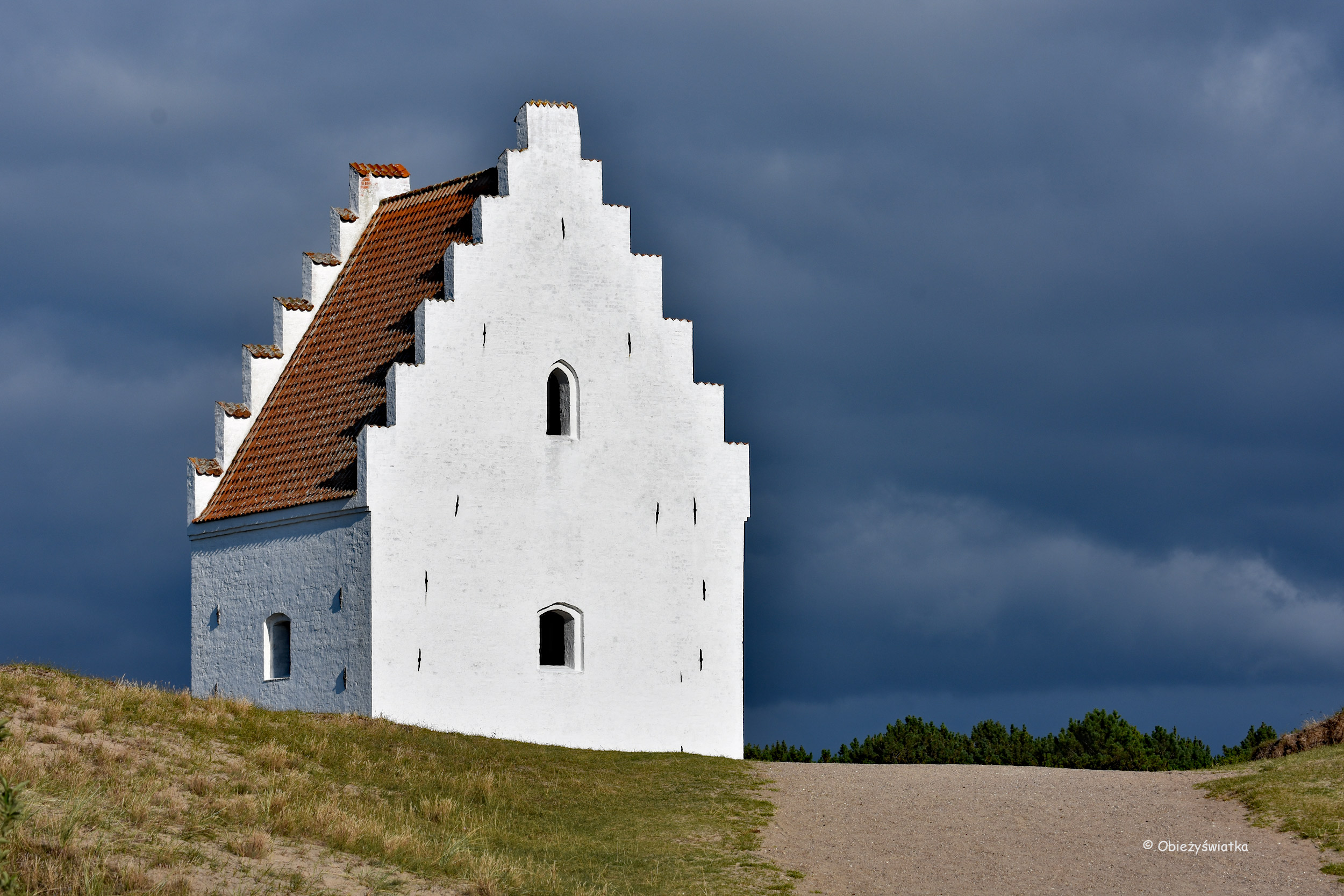 Kościół pod piaskiem w Skagen - a raczej to, co z niego pozostało - wieża