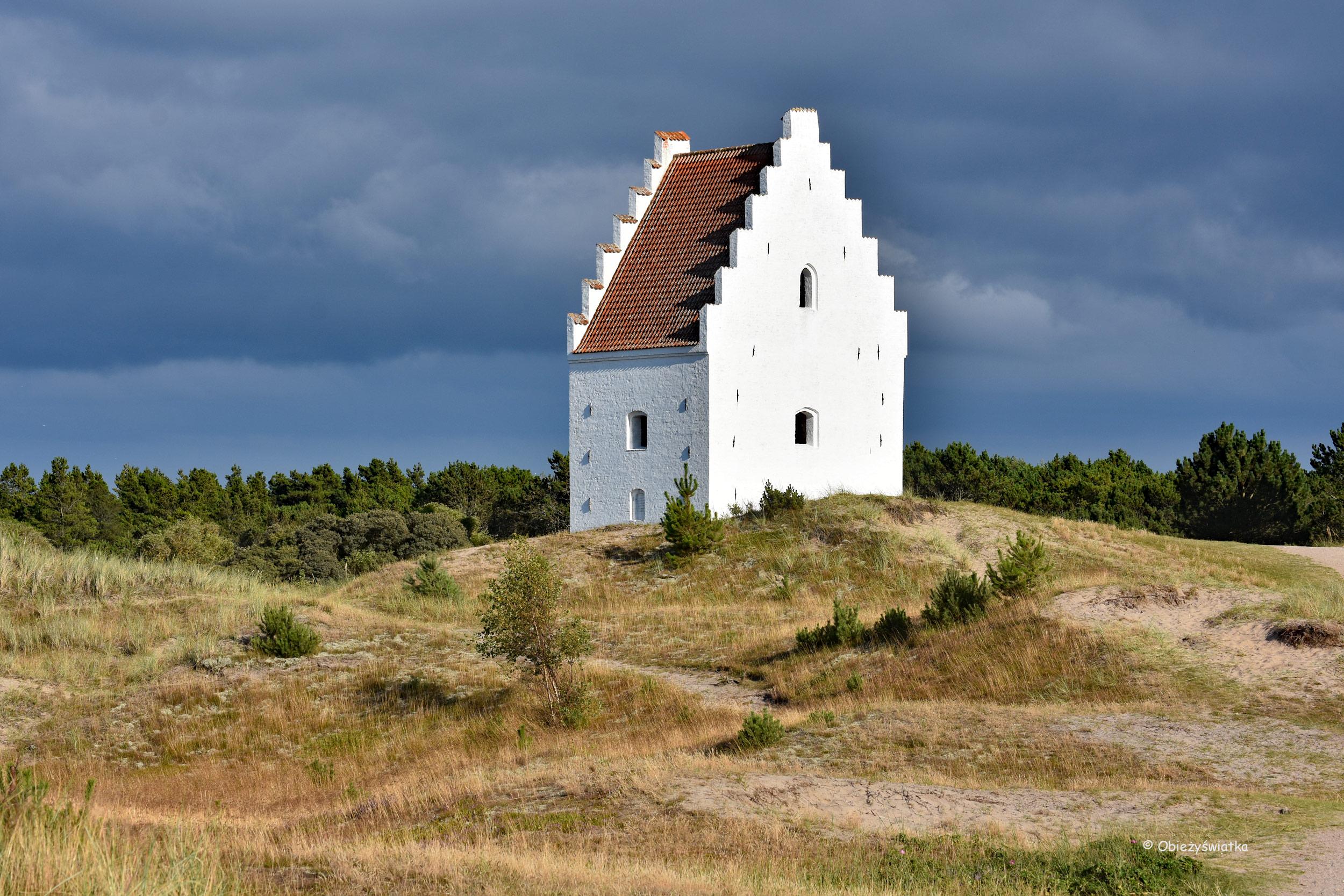 Zasypany kościół w Skagen, Dania
