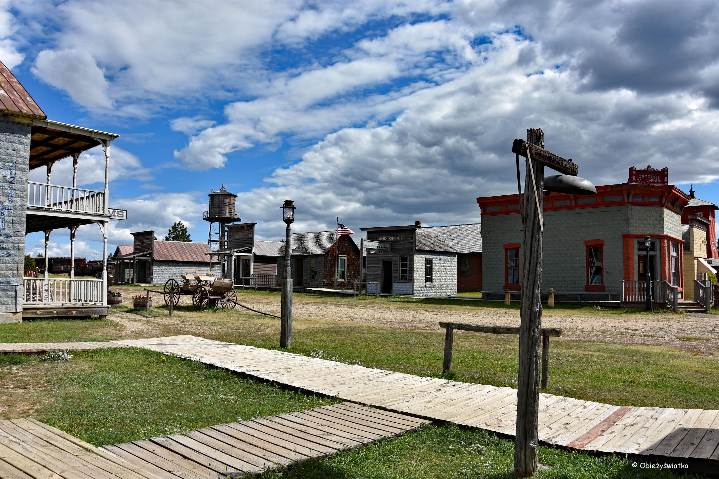 W miasteczku na Dzikim Zachodzie - 1880 Town