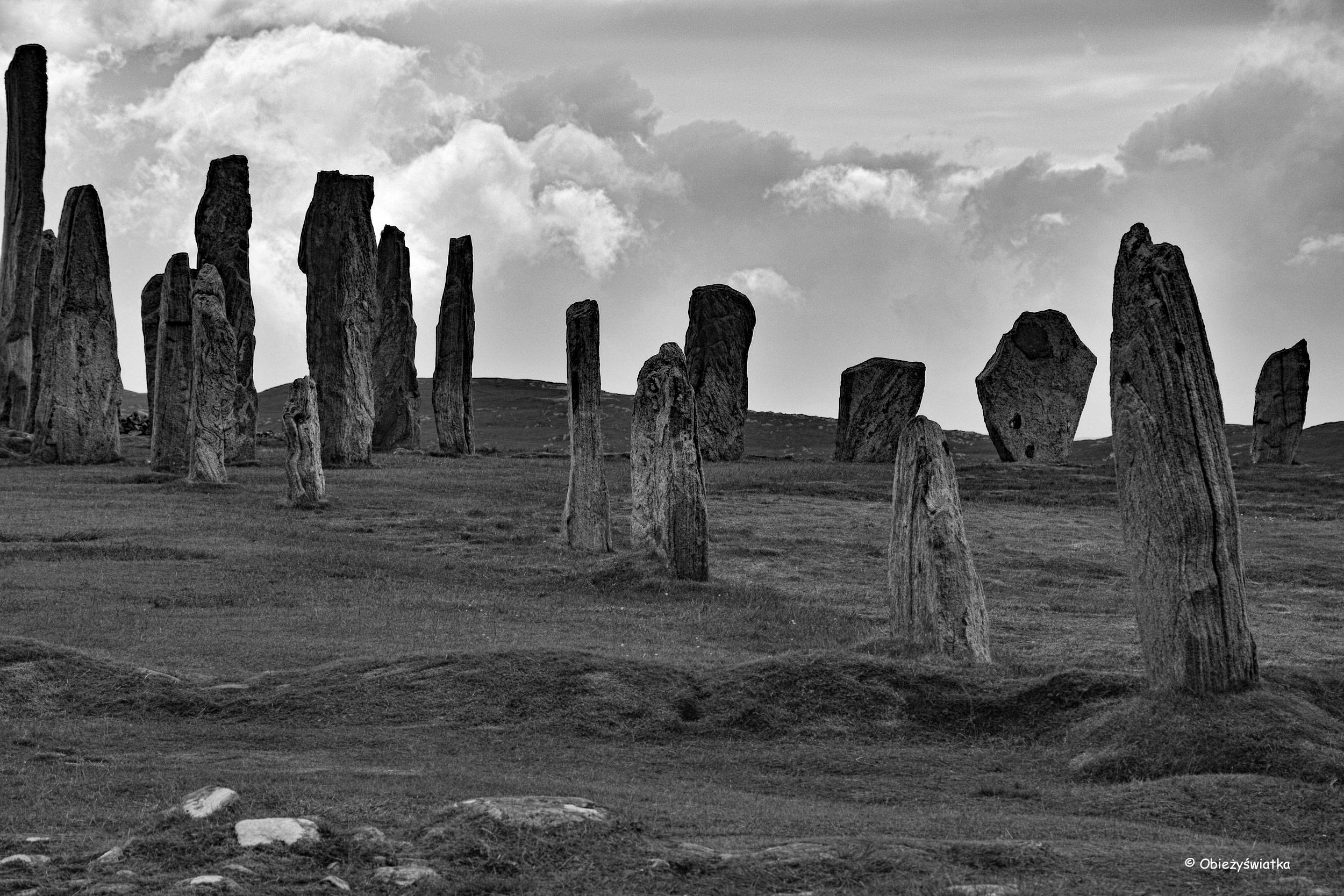 W kamiennym kręgu - megality w Callanish/Calanais, Lewis and Harris, Szkocja
