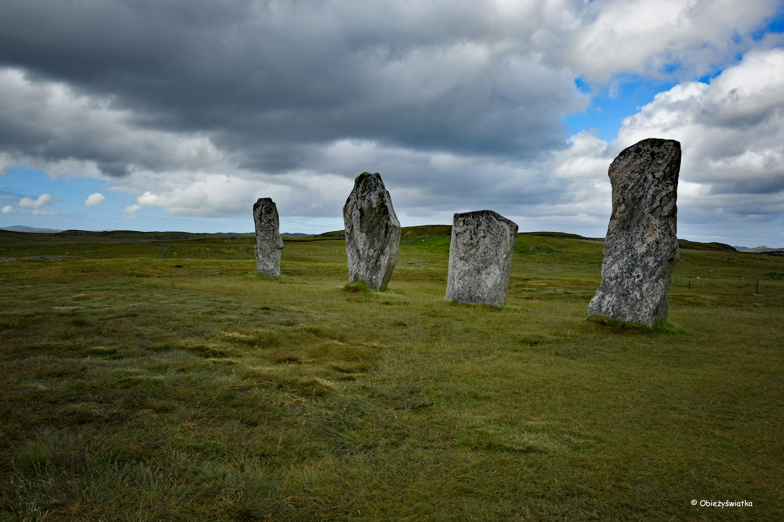 Menhiry w kamiennym kręgu, Lewis and Harris, Hebrydy Zewnętrzne, Szkocja