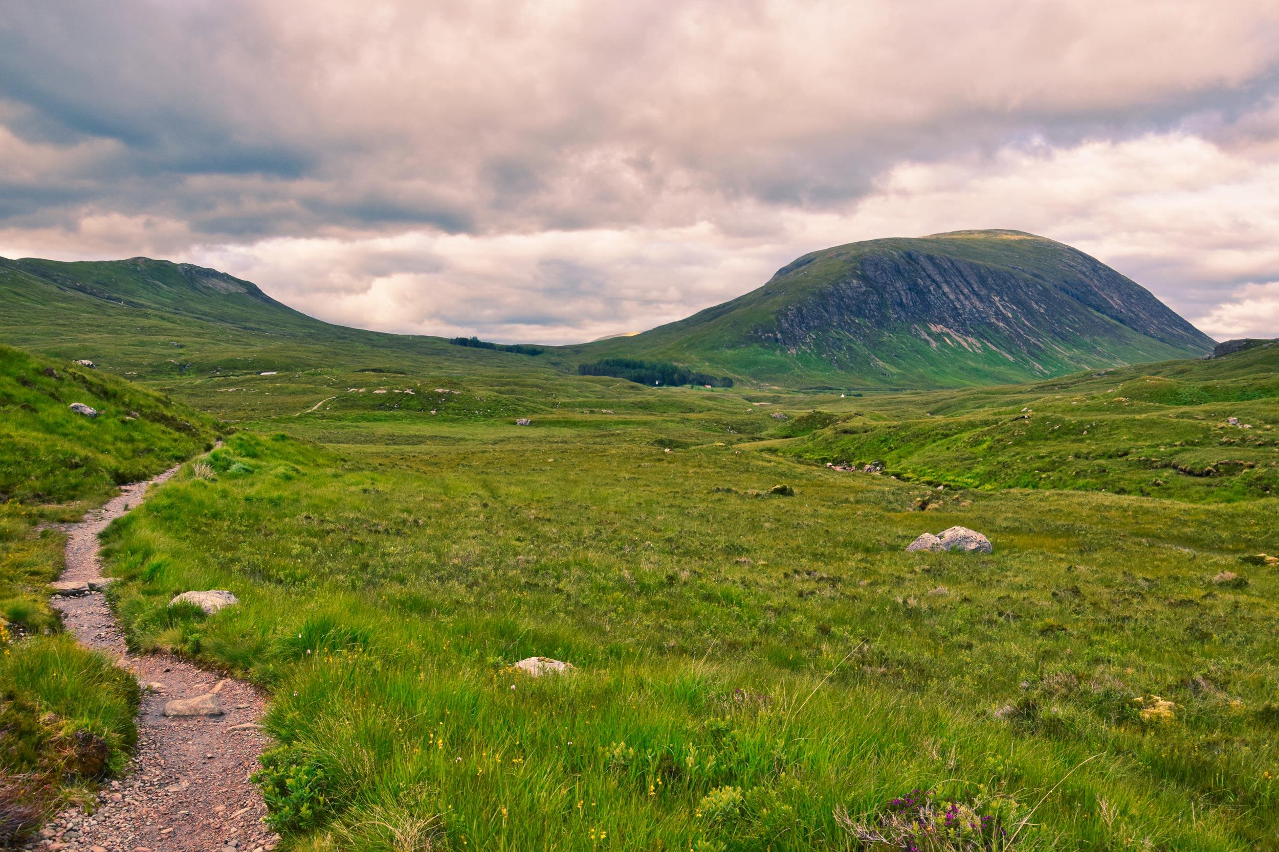 Ścieżka przez Rannoch Moor, Szkocja, UK
