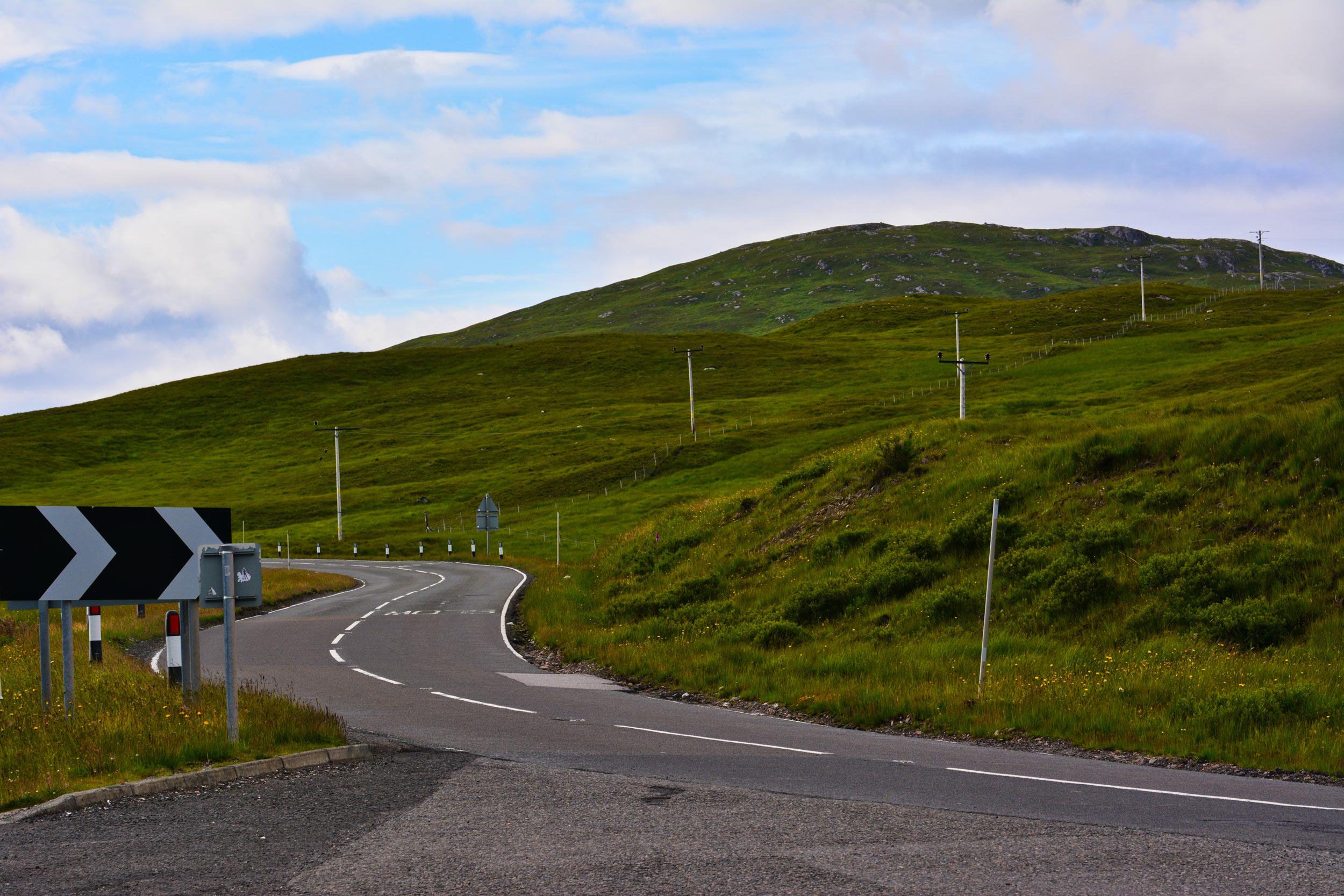 Jadąc przez Rannoch Moor, Szkocja, UK