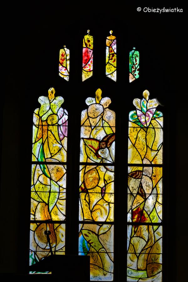 Witraże Chagalla w kościółku Tudeley, Wielka Brytania