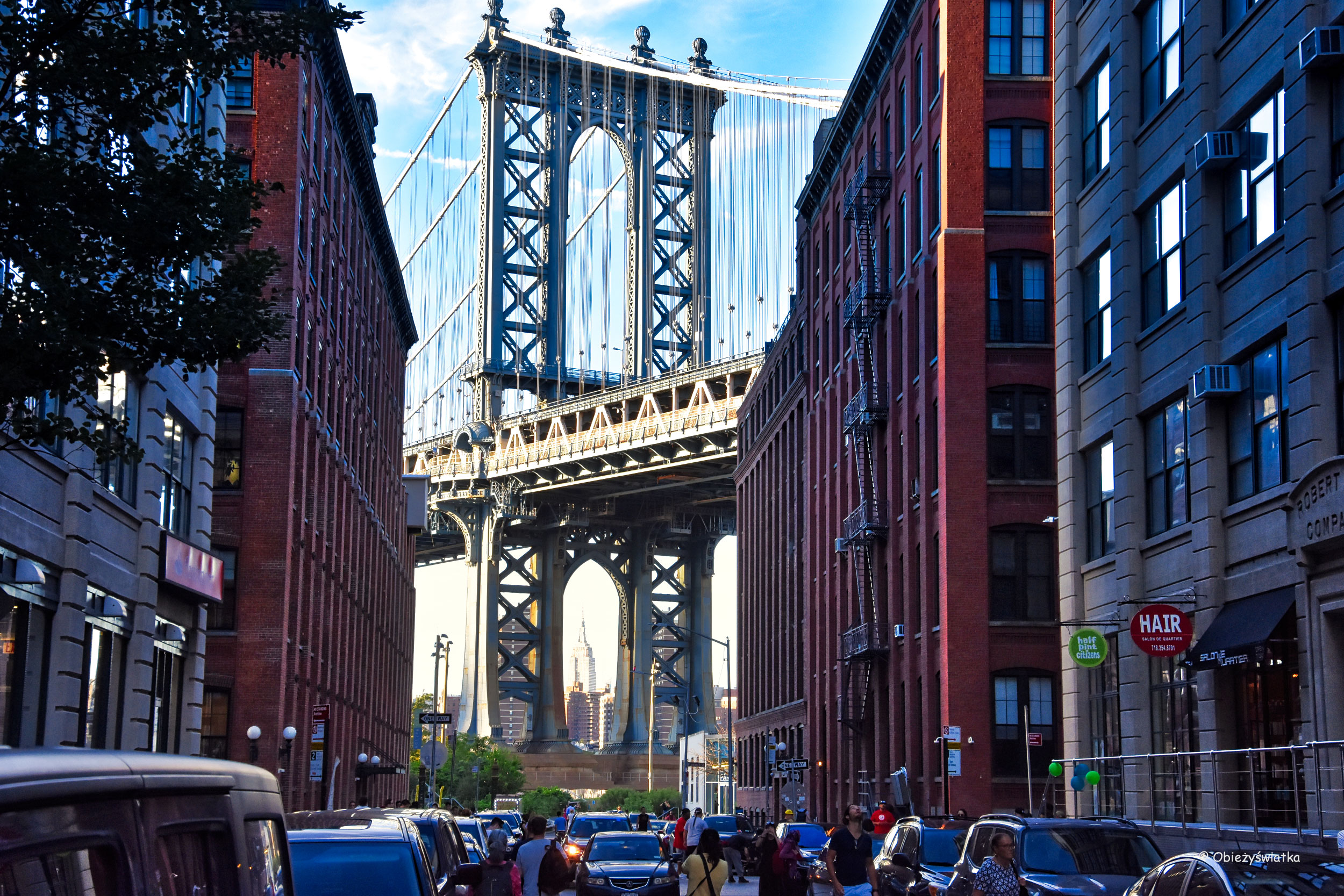 Manhattan Bridge - widok z Washington Street, Brooklyn, NYC