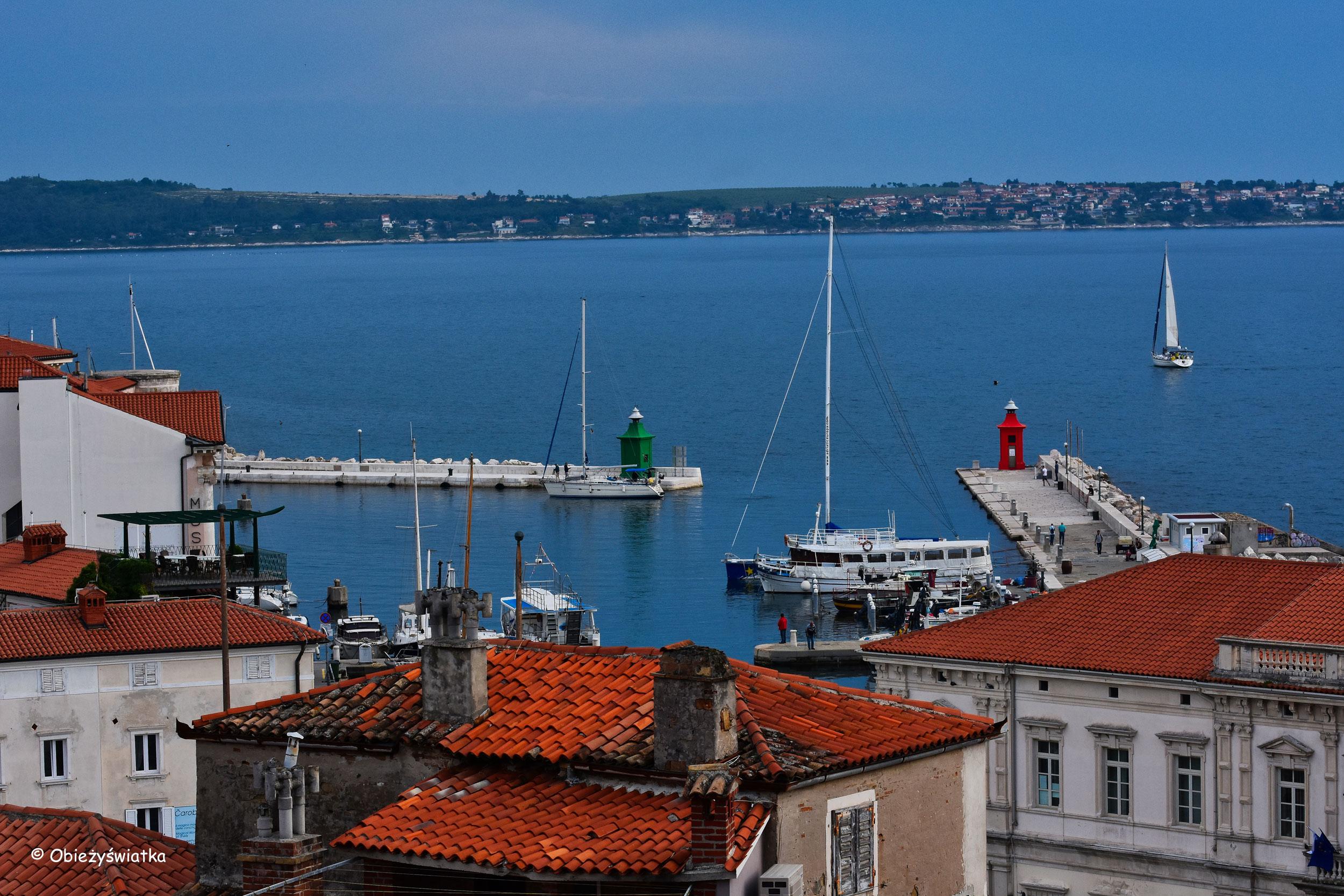 Morze Adriatyckie i port w Piranie, Słowenia