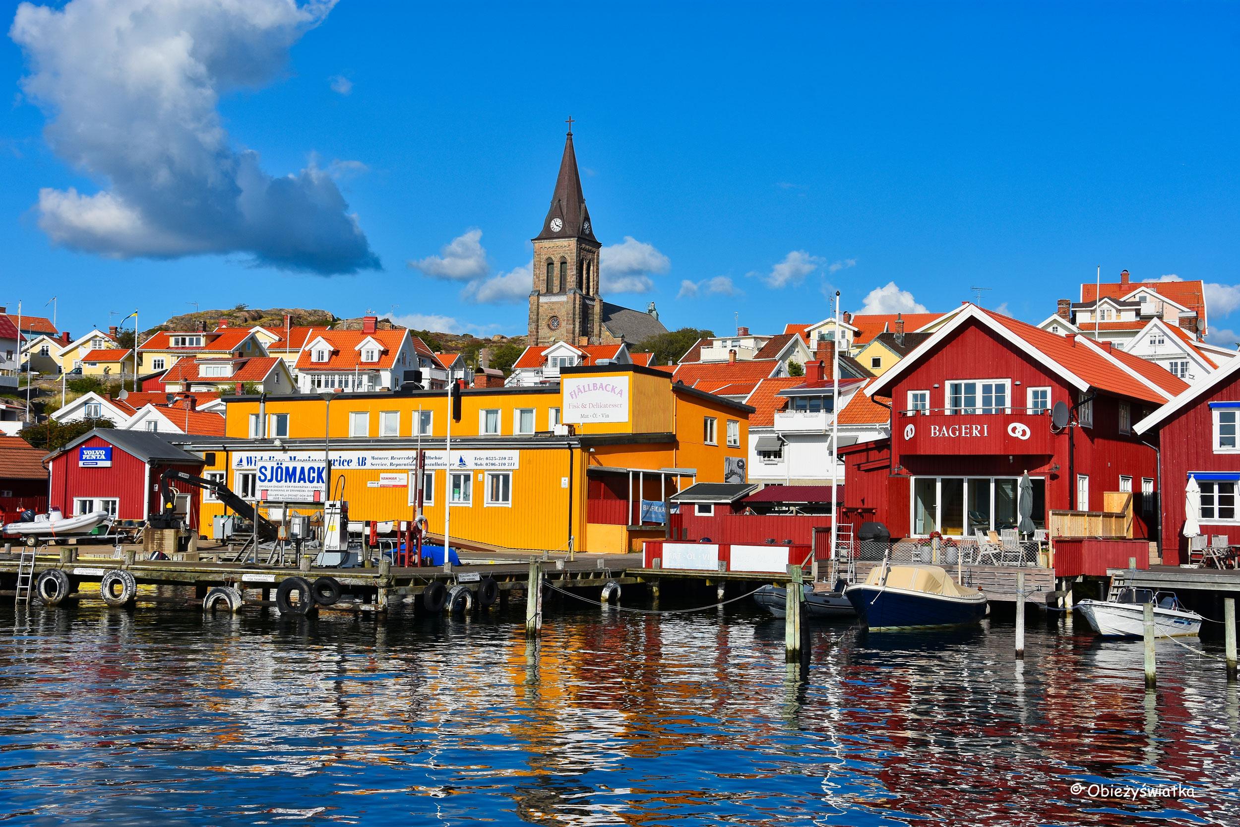 Kolorowe domy na morzem, Fjällbacka