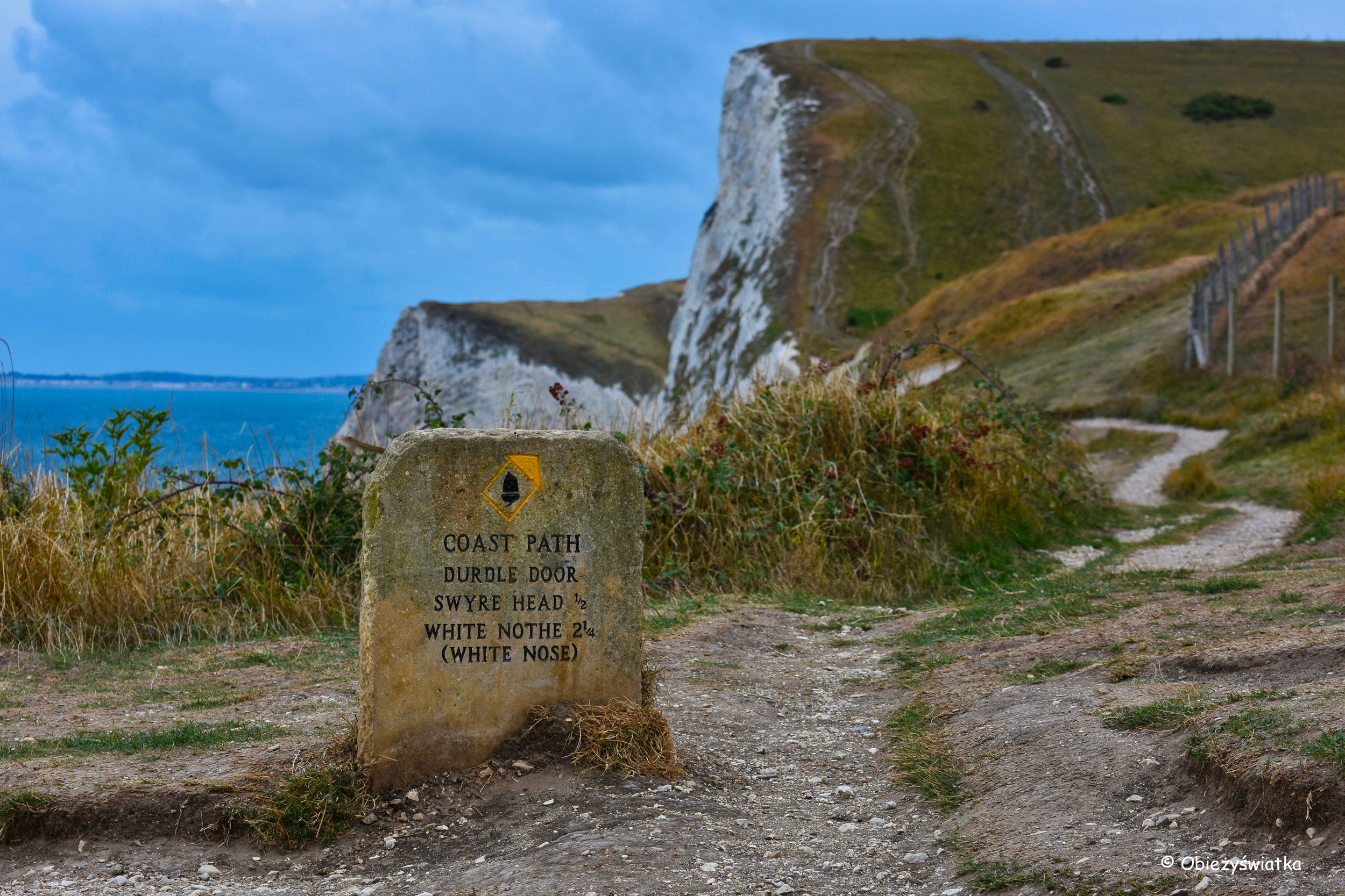 Durdle Door - część szlaku South West Coast Path, UK