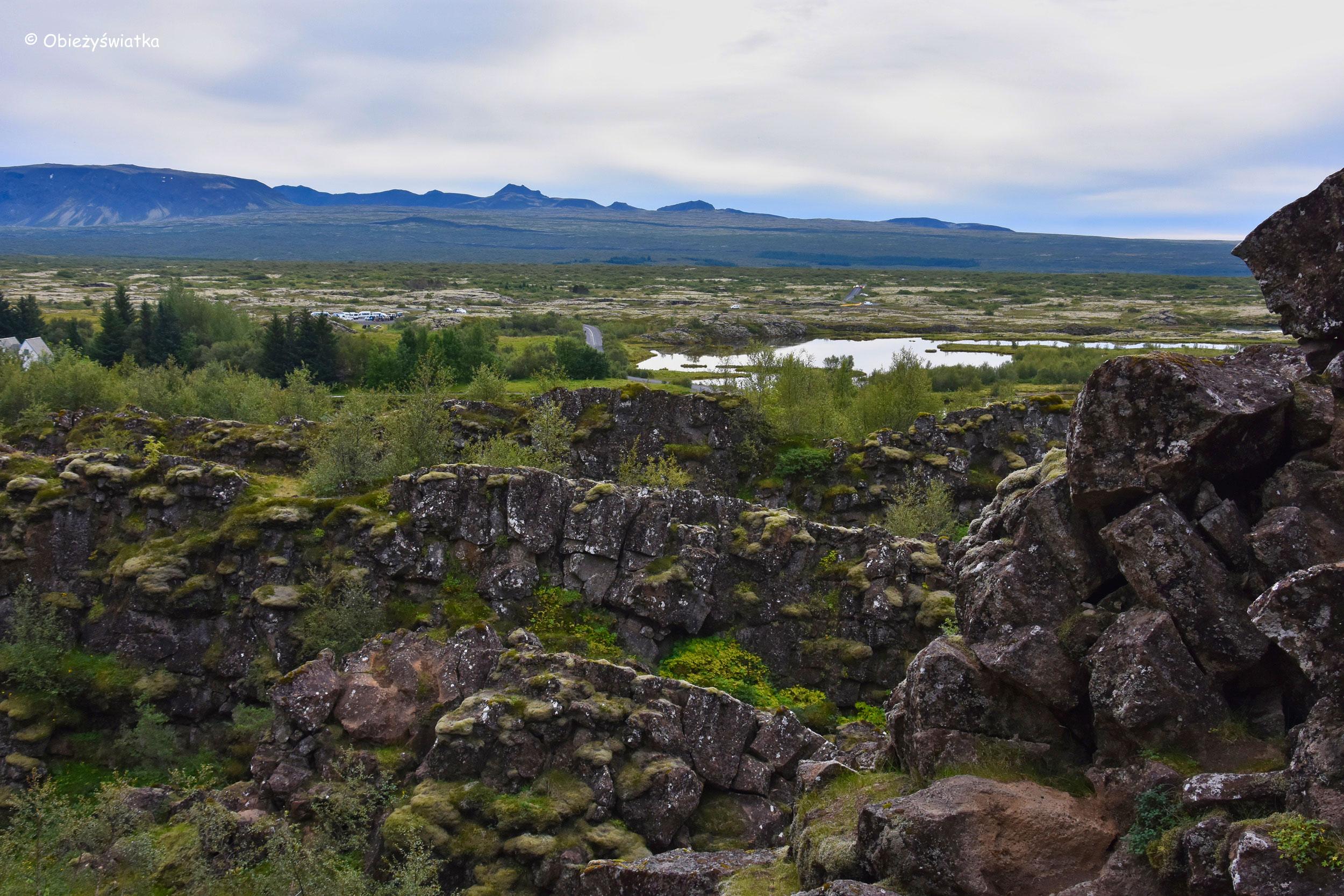 Krajobraz parku narodowego Þingvellir, Islandia