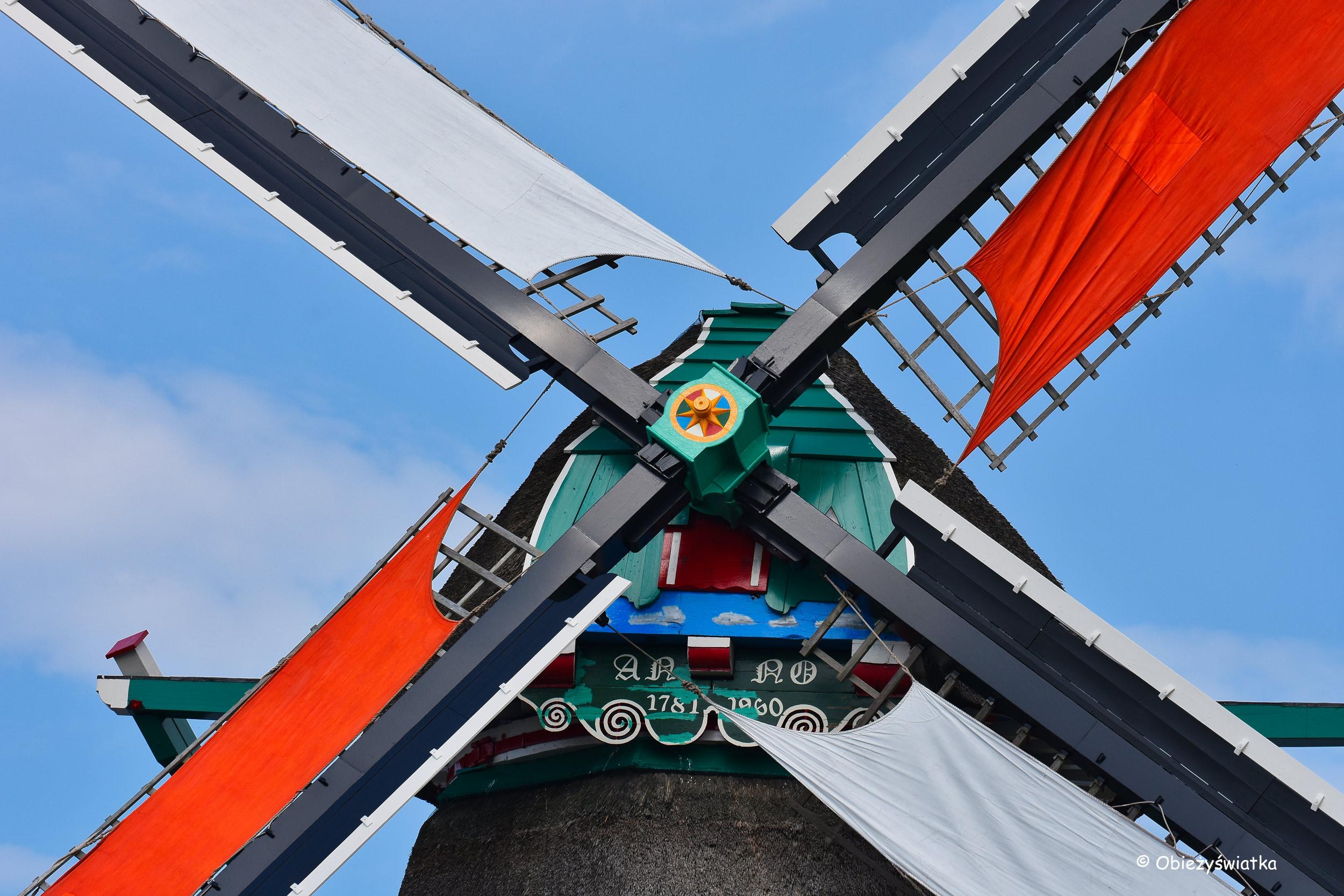 Młyn De Kat z bliska, Zaanse Schans, Holandia