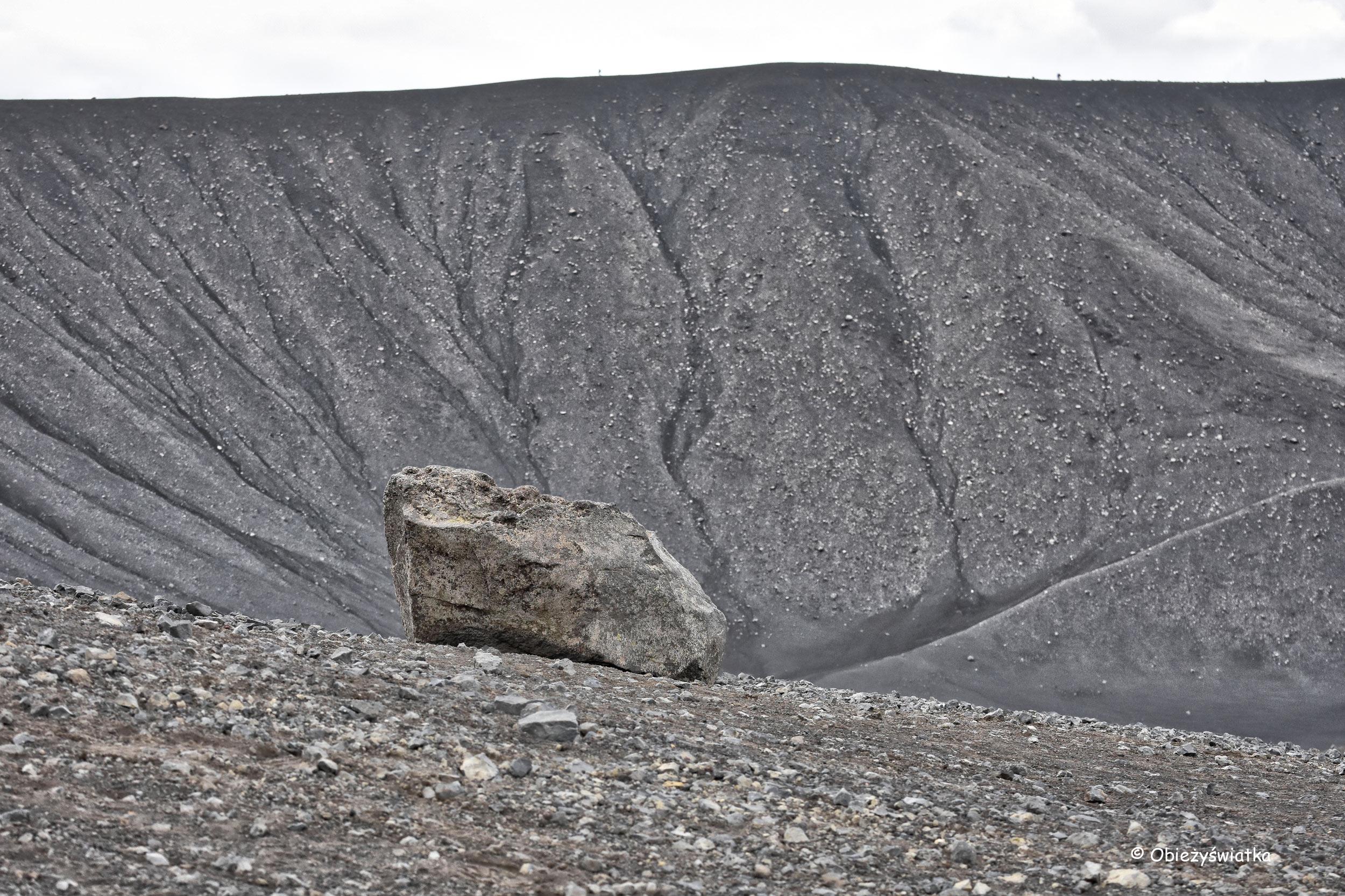 Monochromatycznie - wulkan Hverfjall, Islandia