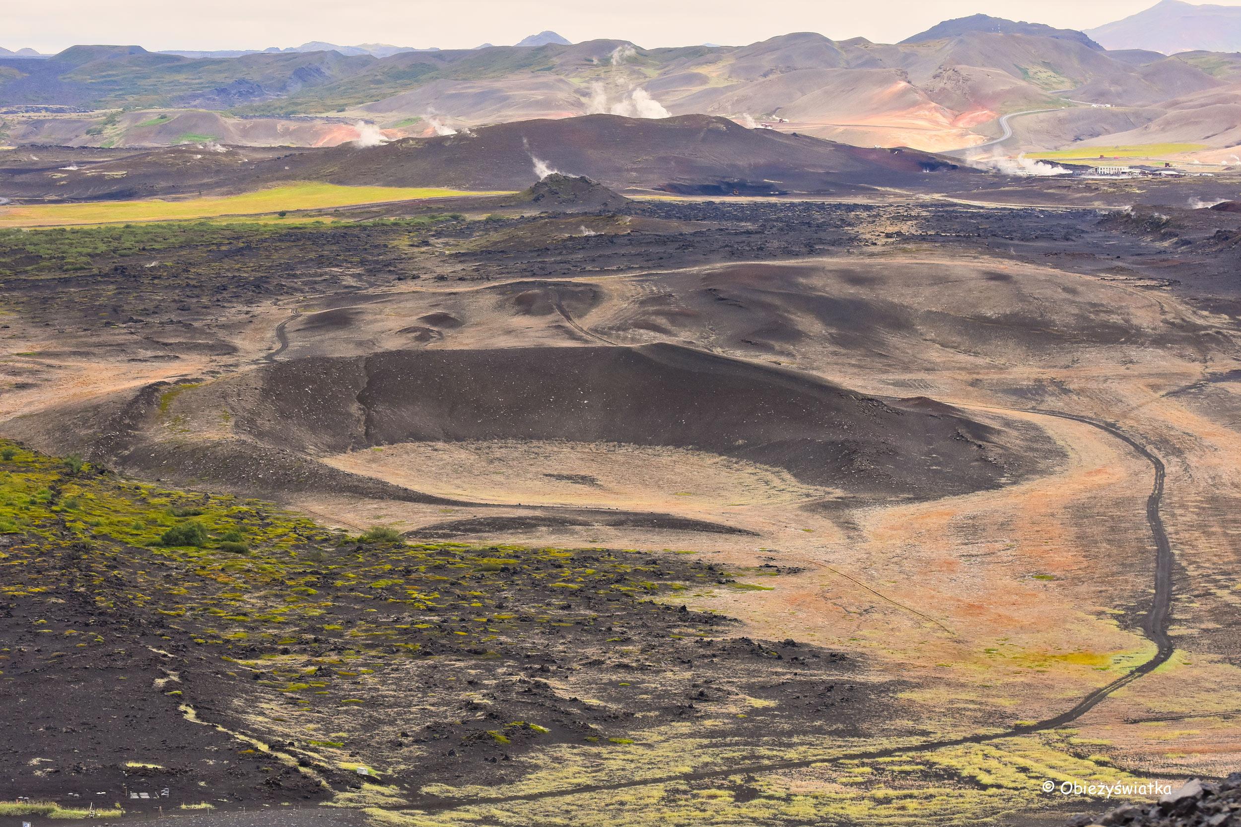 Krajobraz Islandii widziany z wulkanu Hverfjall