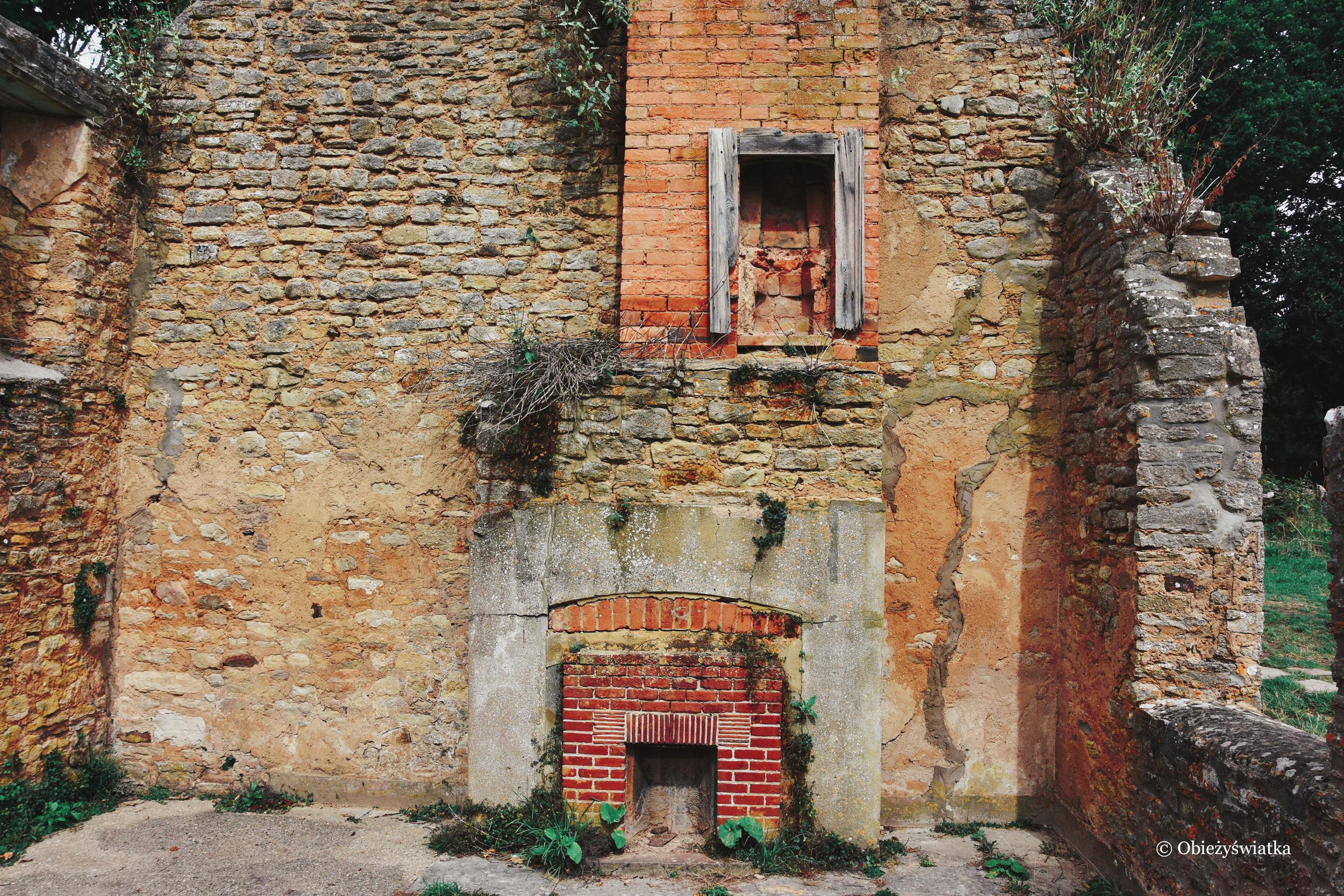 Tyneham - w jednym z opuszczonych domostw