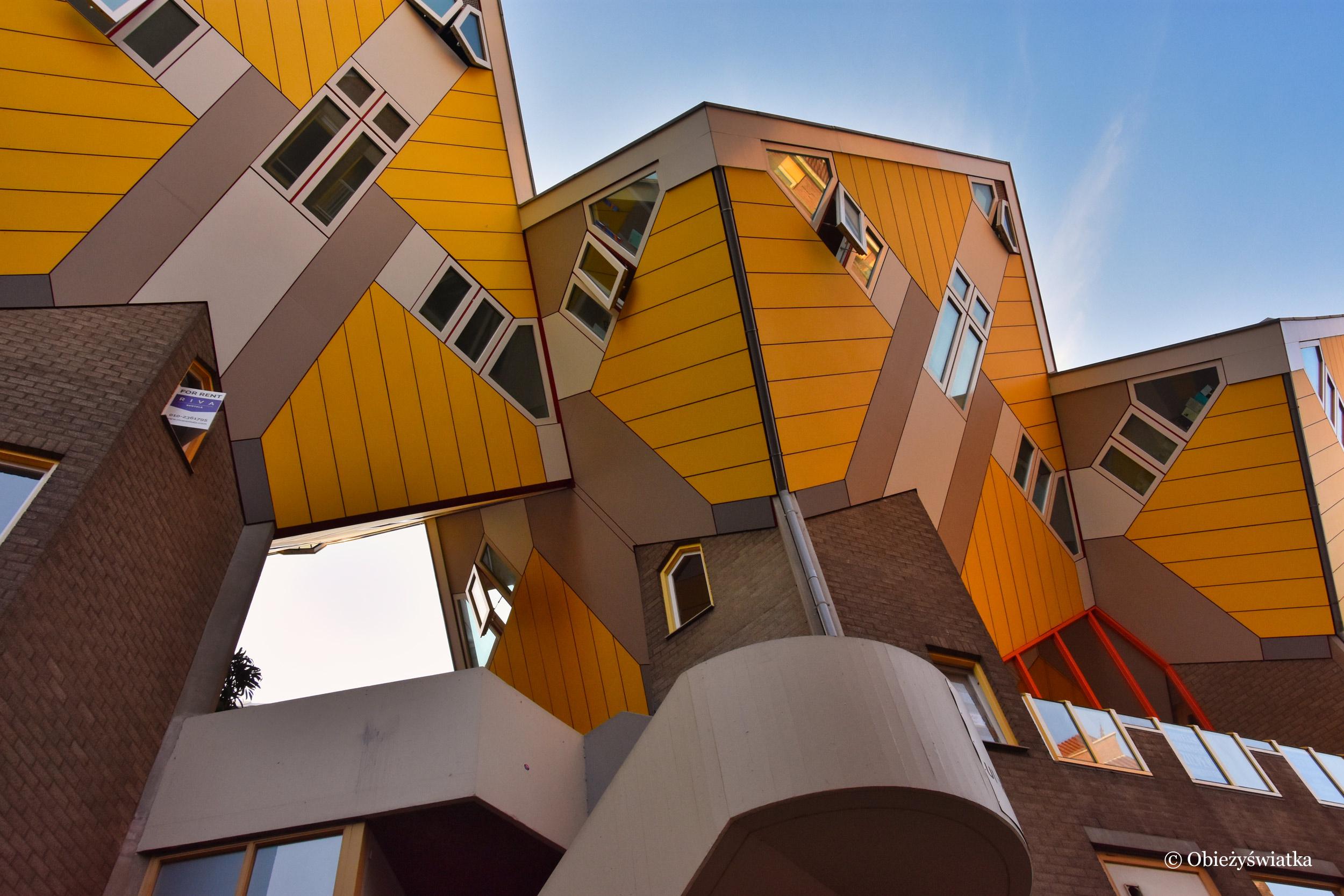 Błękitne niebo i żółte sześciany, Rotterdam, Cube Houses