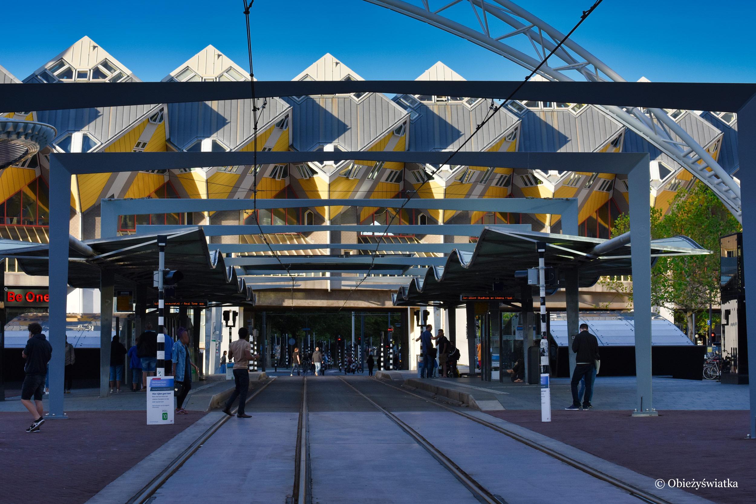 Stacja Rotterdam Blaak i Cube Houses