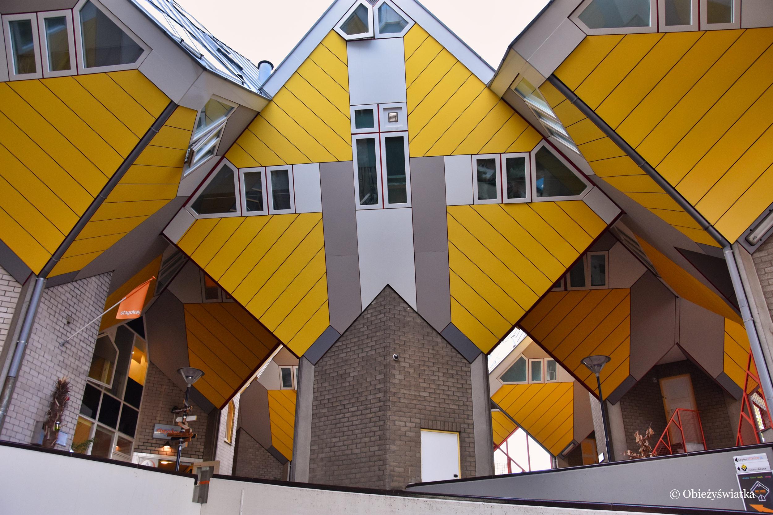 Więc chodź, pomaluj mój świat, na żółto .... - Cube Houses, Rotterdam