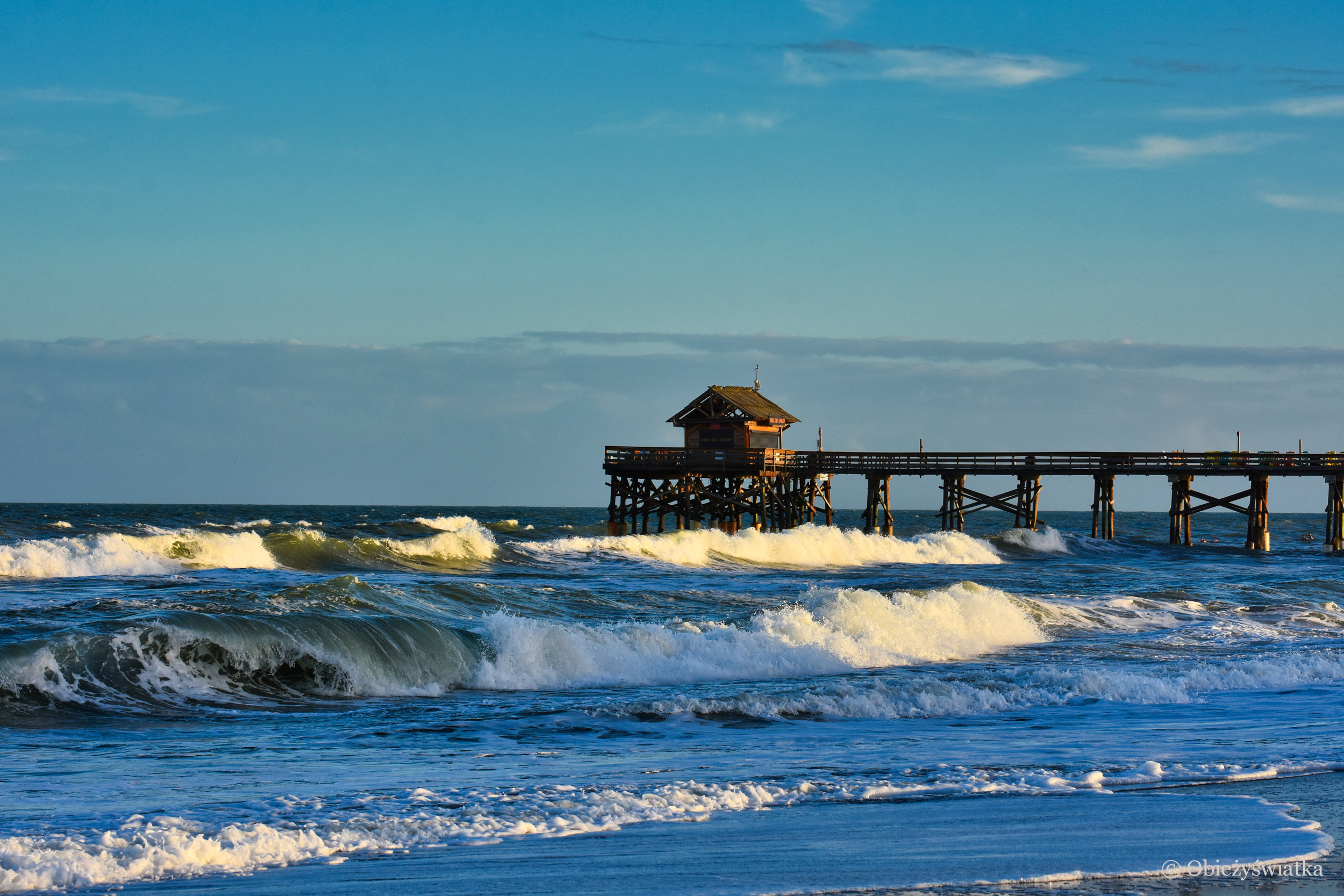 Cocoa Beach, Molo i sztorm