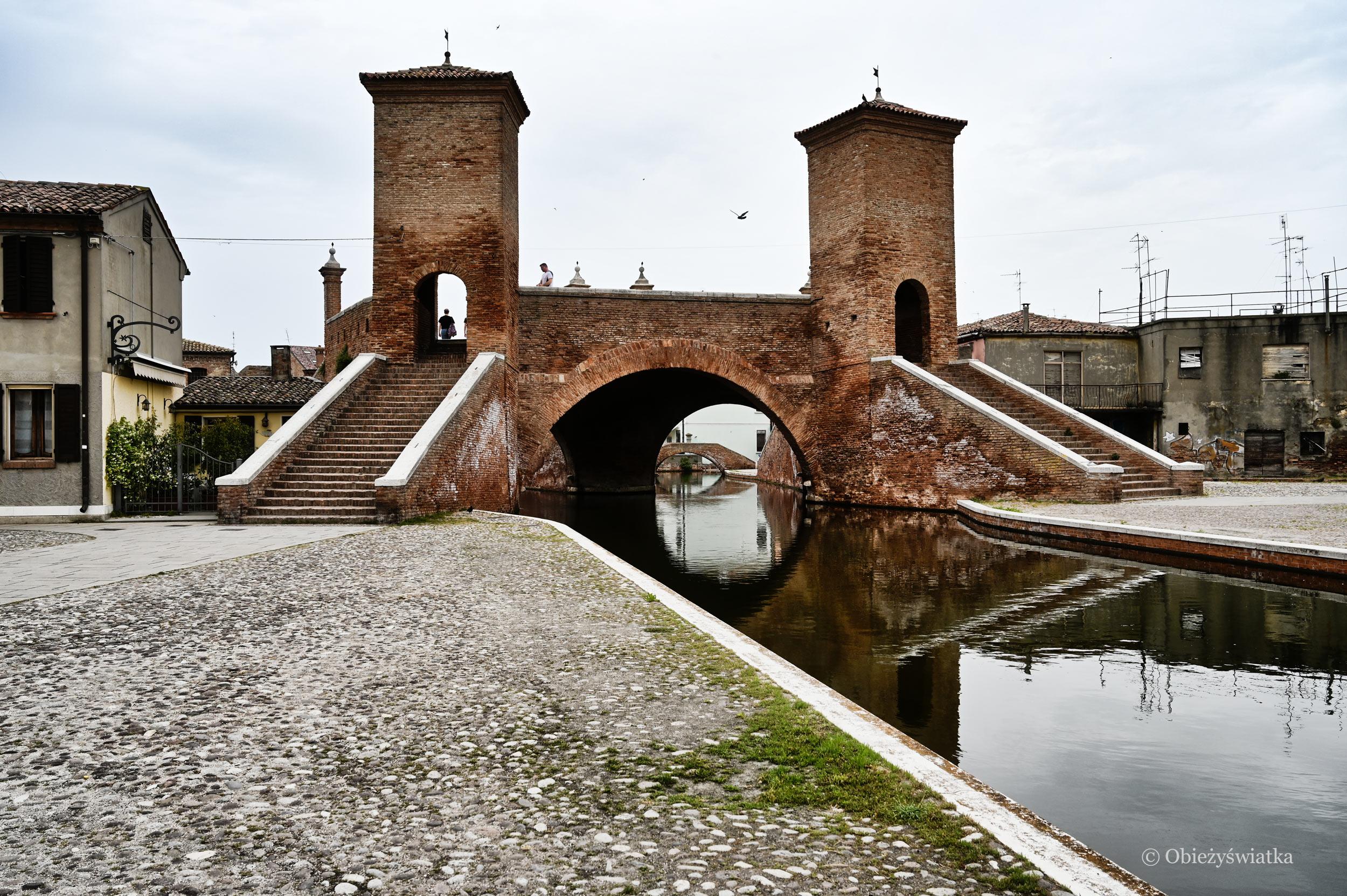 Ponte Trepponti, Comacchio, Włochy