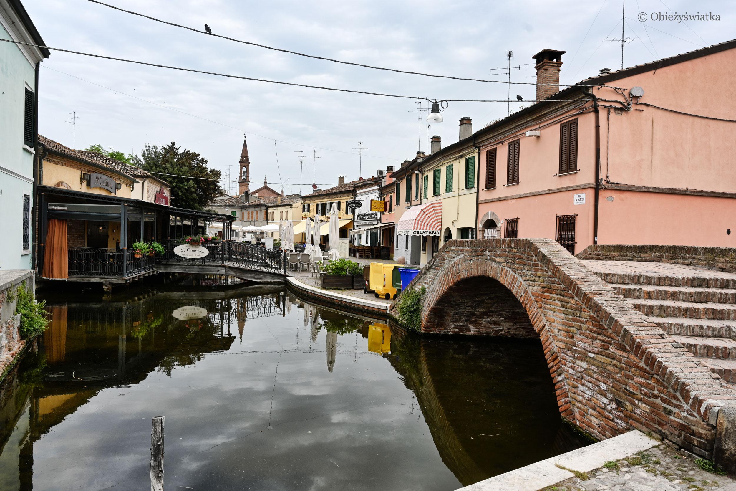Comacchio, widok z mostu Ponte Trepponti