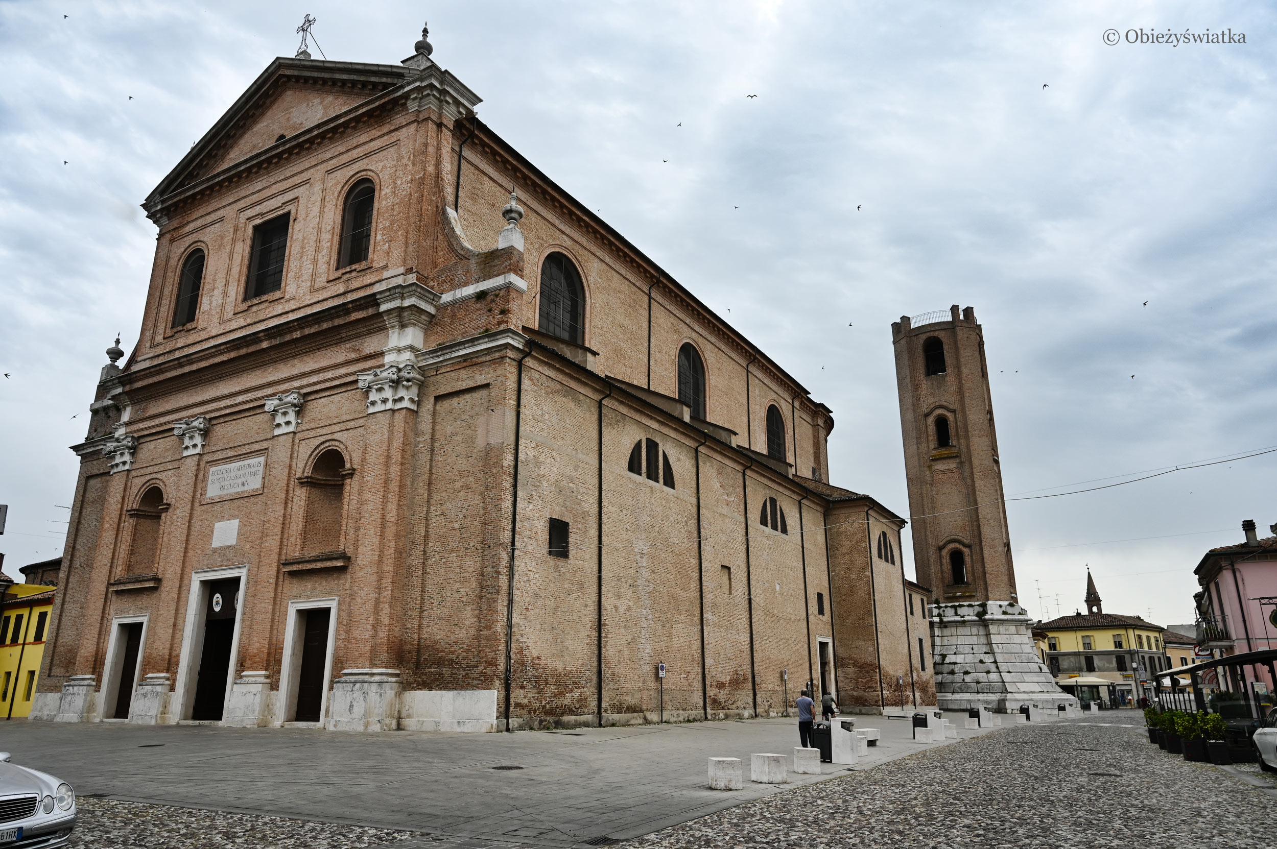 Monumentalna Katedra św. Kasjana w Comacchio