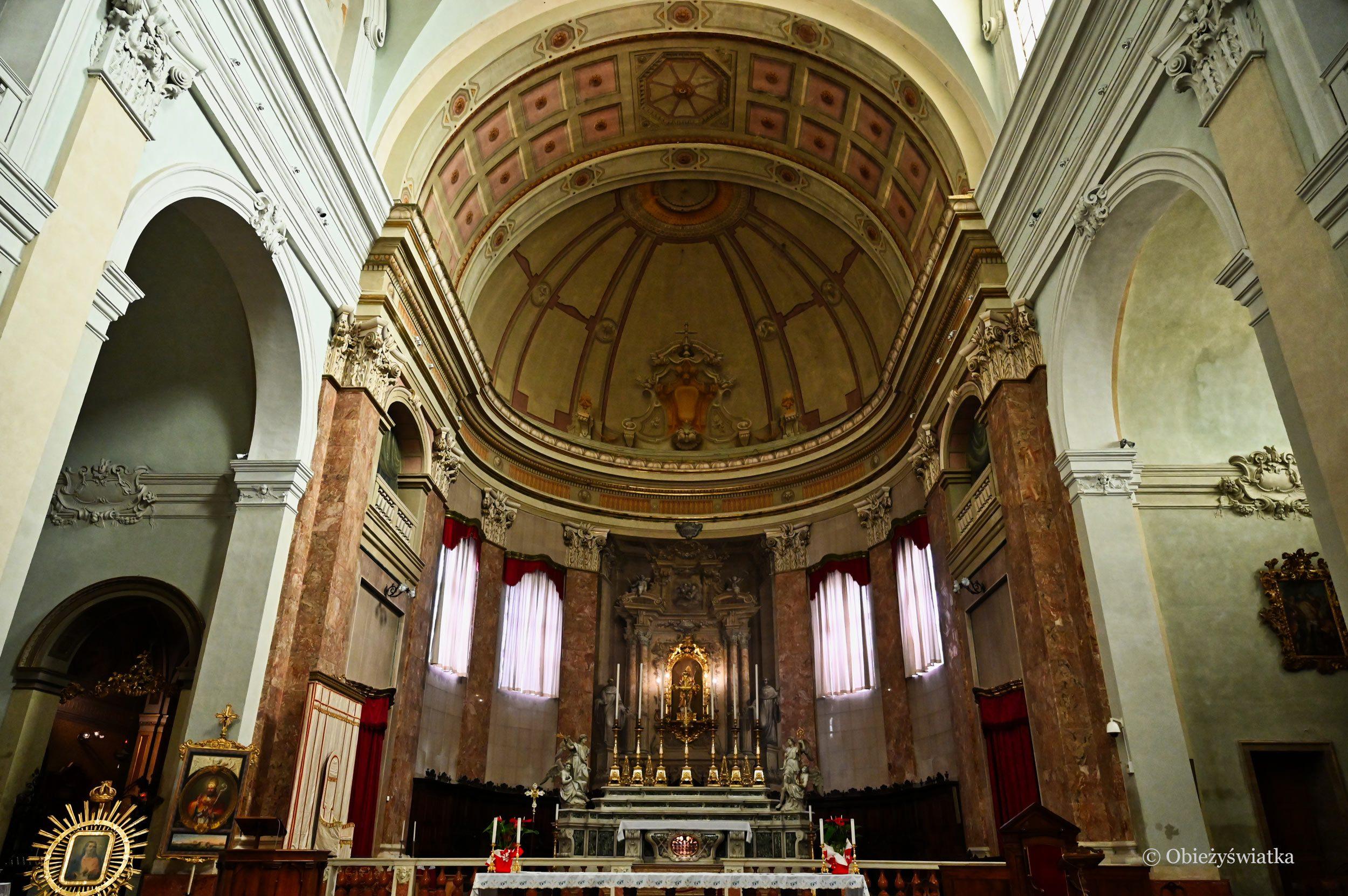 Wnętrze Katedry św. Kasjana w Comacchio